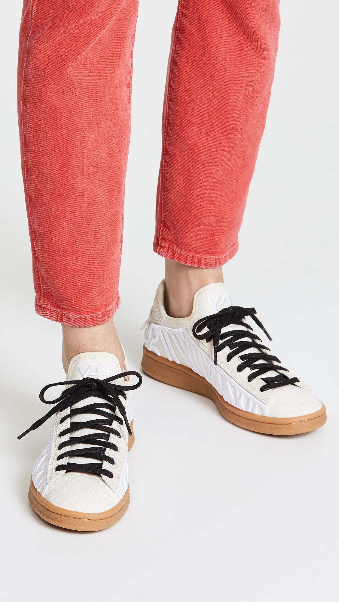 b2d6ff3a0 Lyst - Y-3 Shishu Stan Sneakers in White