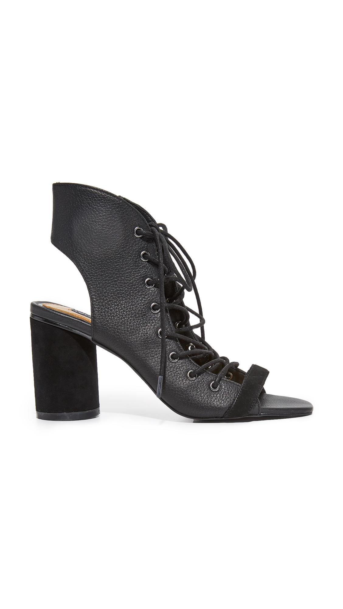 Jaggar Twist Block Heel Sandals In Black Lyst