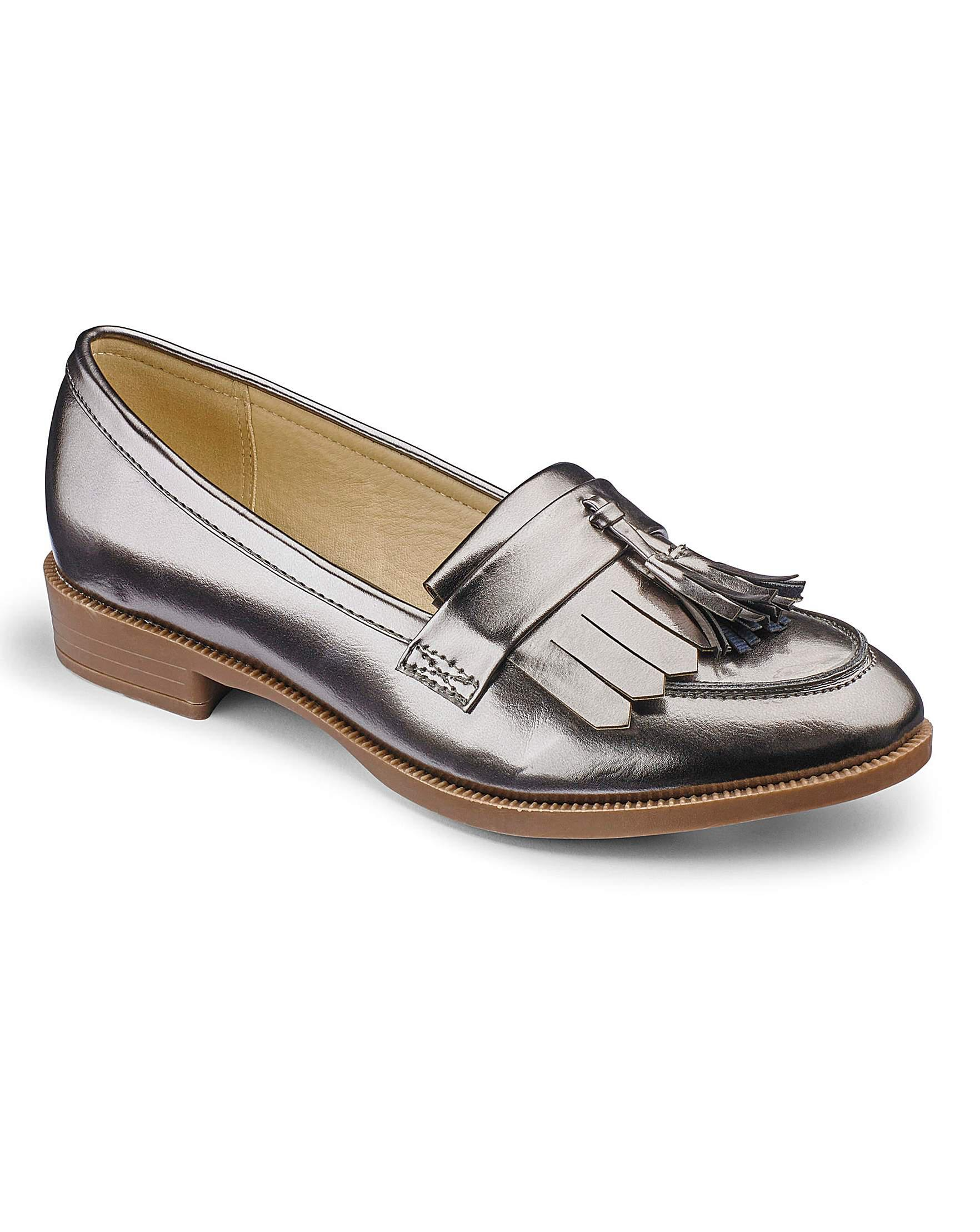 91d4aecb8b0 Sole Diva Fringe Loafers E Fit - Lyst