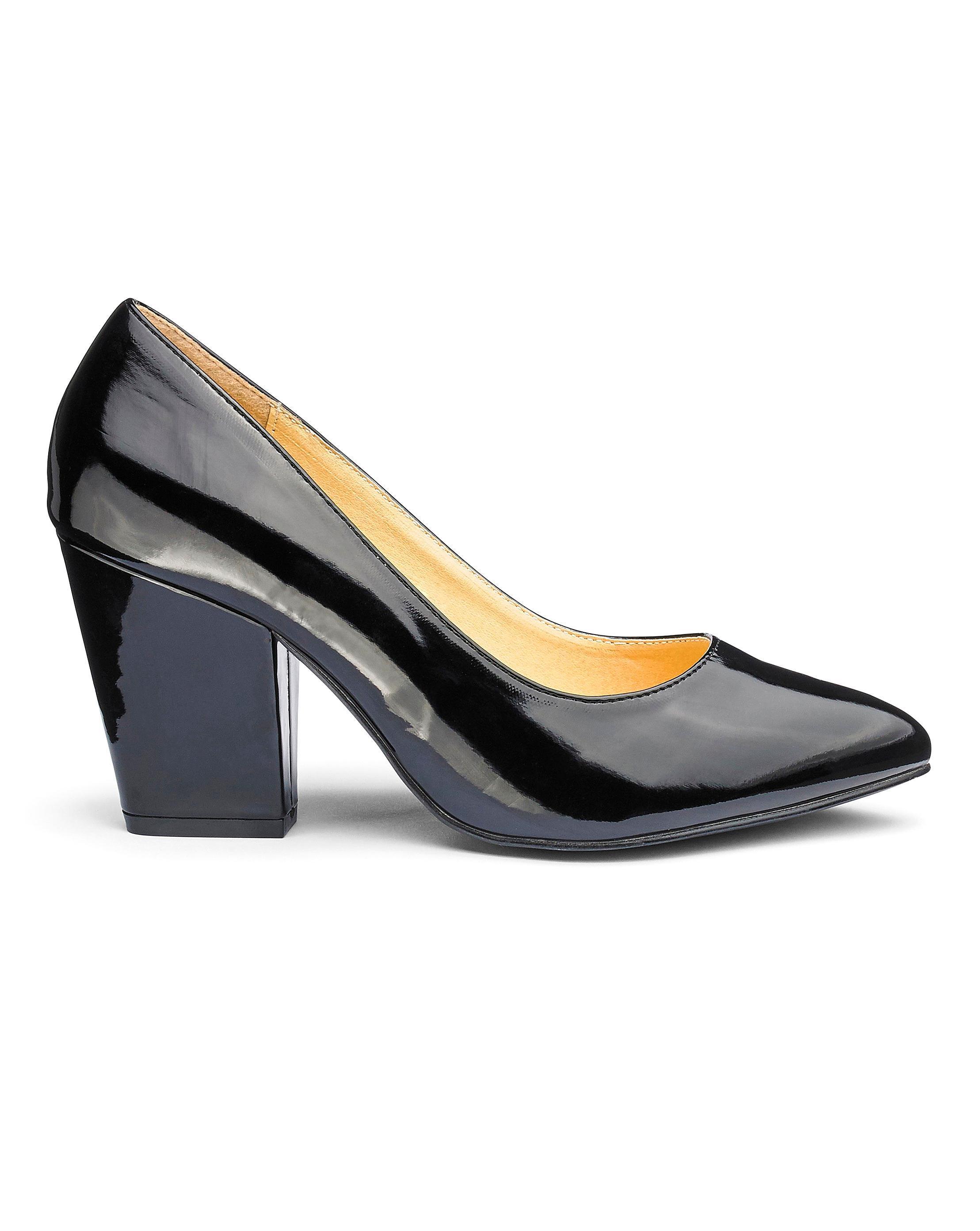 56e65aa29d3 Lyst - Simply Be Block Heel Pumps in Black