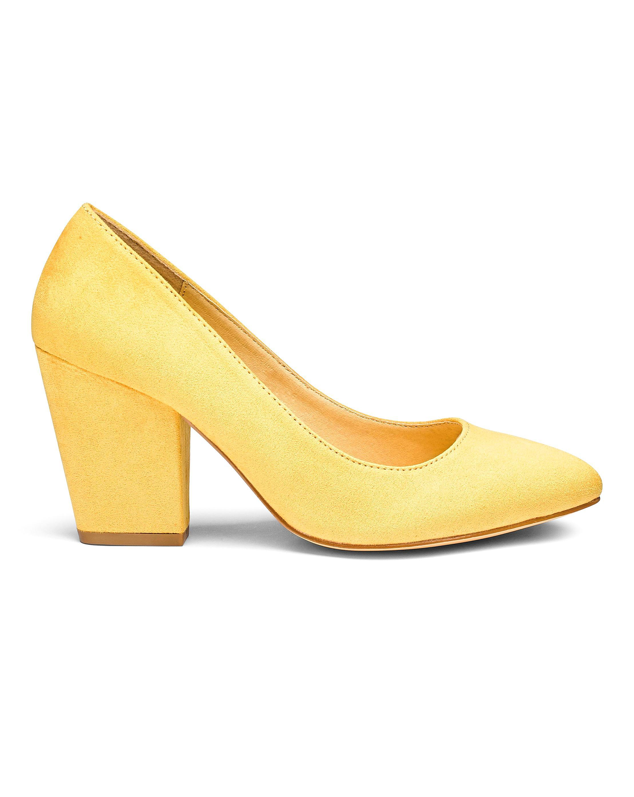 3796fc17f73 Lyst - Simply Be Block Heel Pumps in Yellow