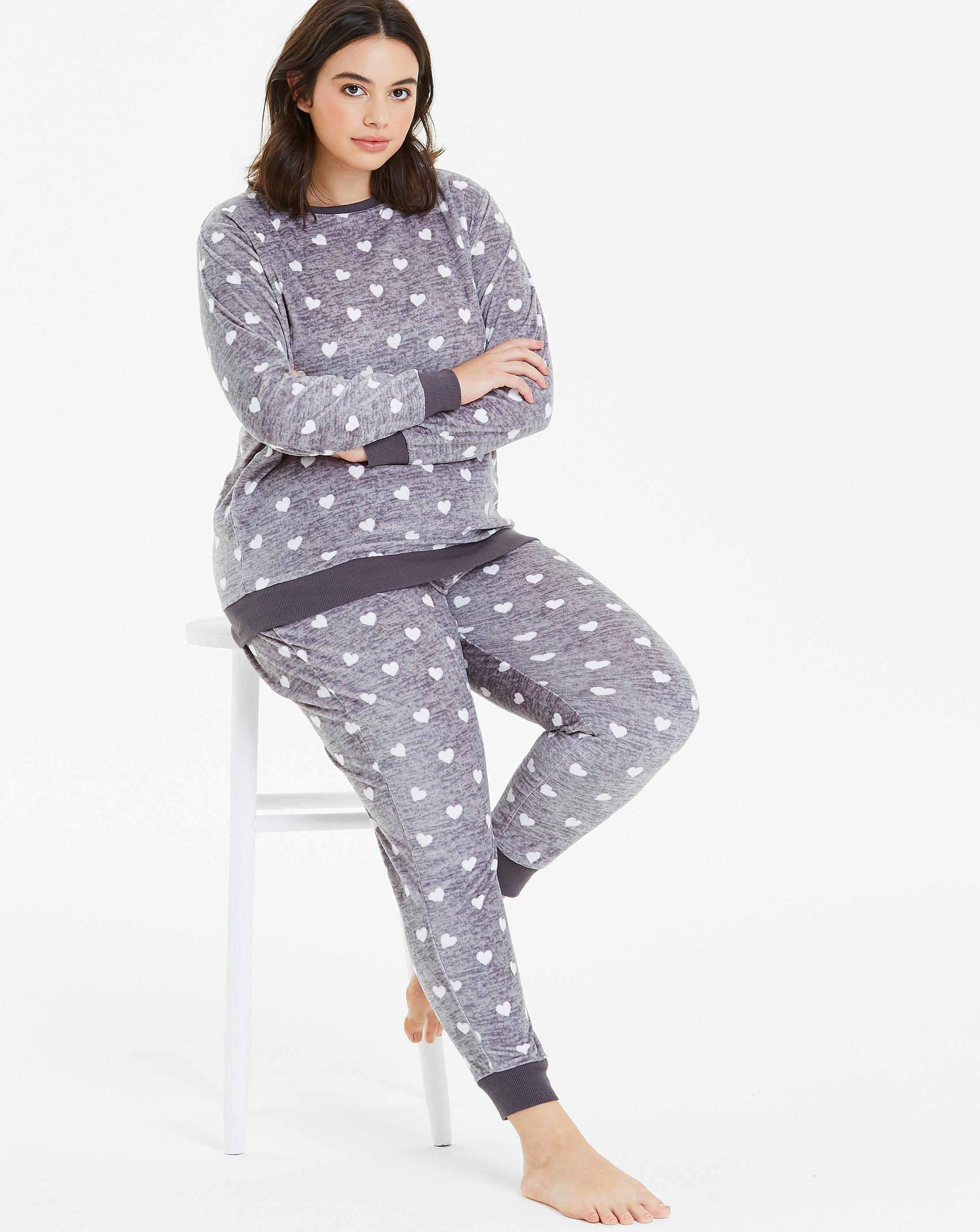 29acde3b5933 Lyst - Simply Be Pretty Secrets Heart Print Fleece Twosie in Gray