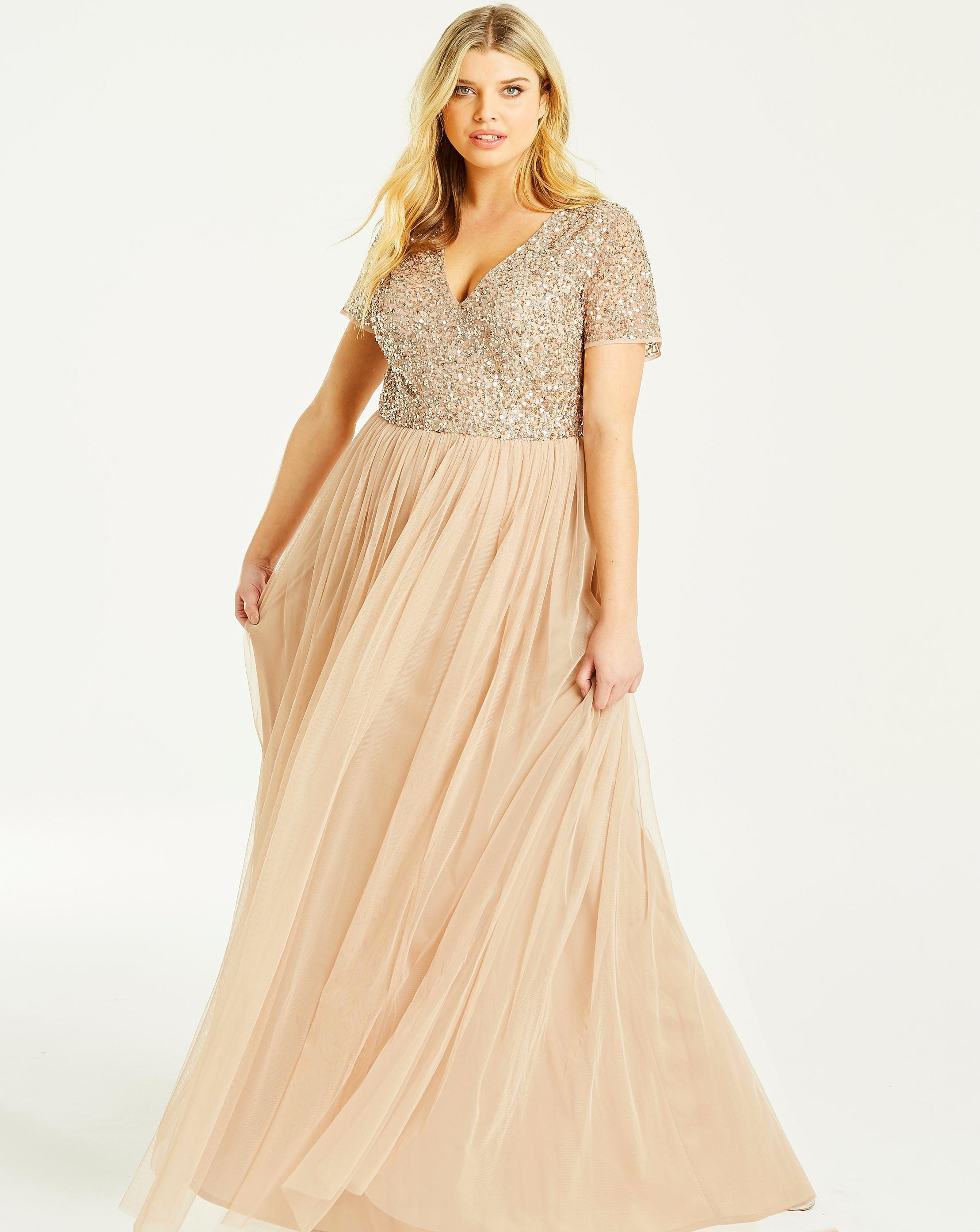 47a81da72e3 Lyst - Simply Be Maya Curve V Neck Cap Sleeve Maxi Dress in Natural