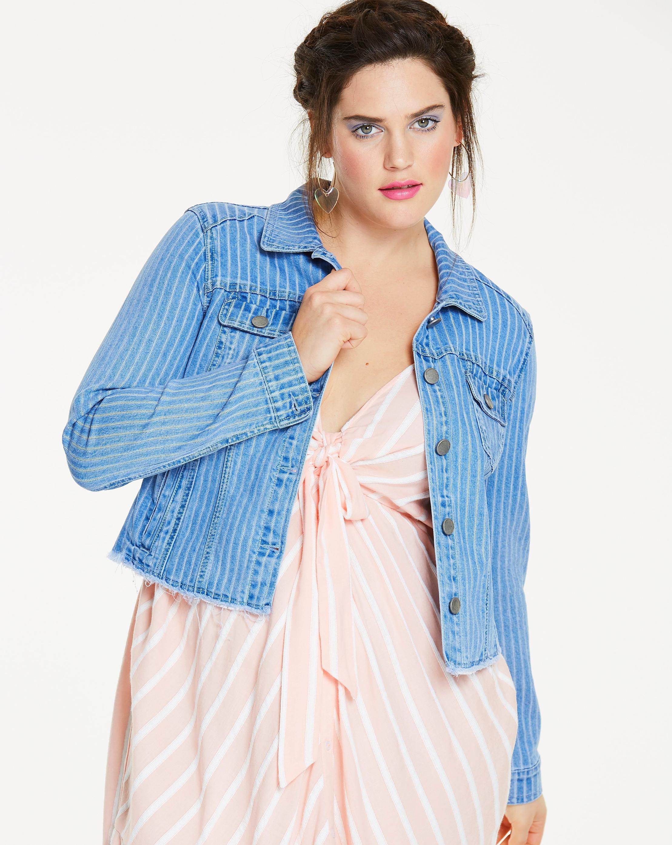 8b6dbecb6fe1c Lyst - Simply Be Stripe Raw Hem Denim Jacket in Blue