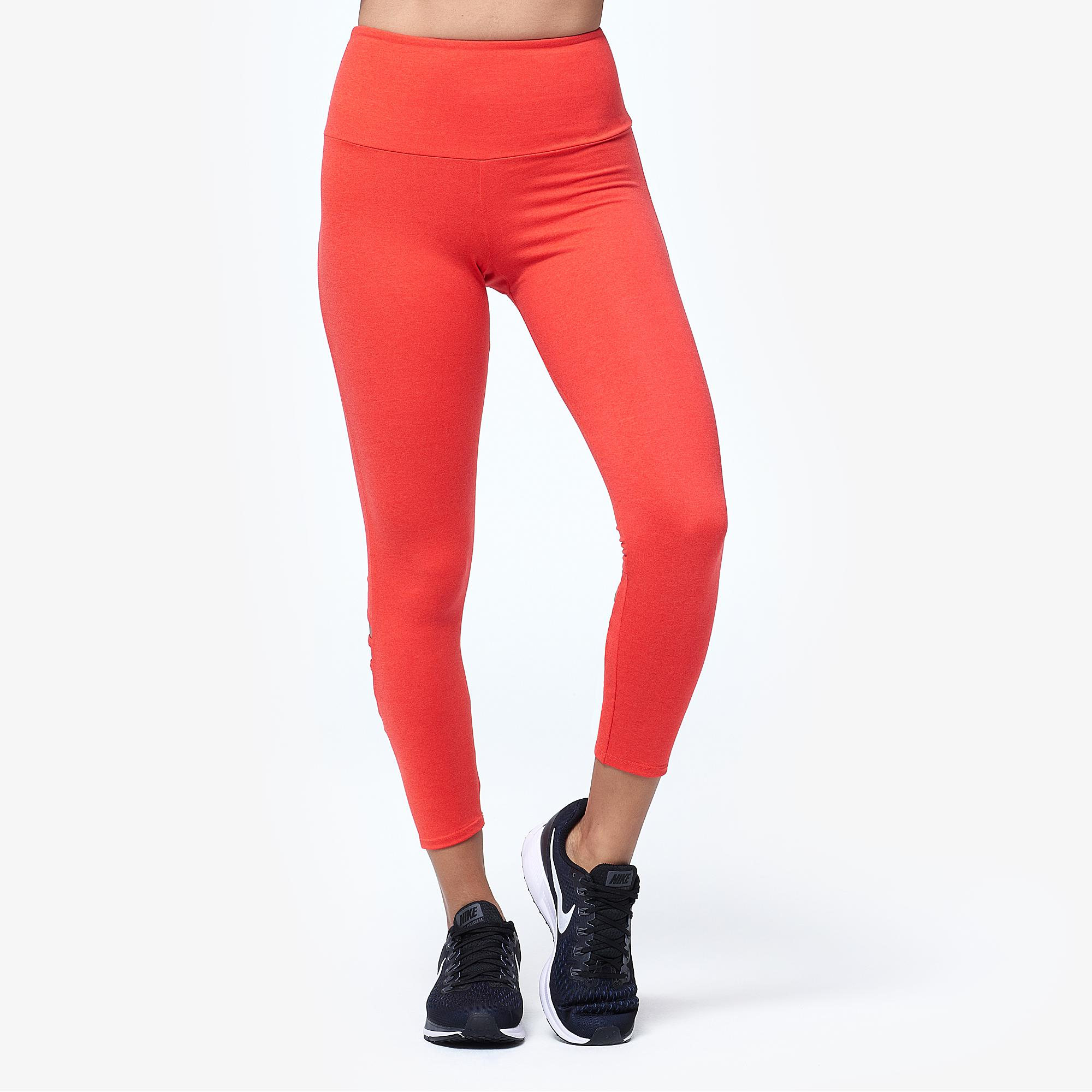 cd32653ded8f1a Lyst - Onzie Elevate Midi Tights in Red