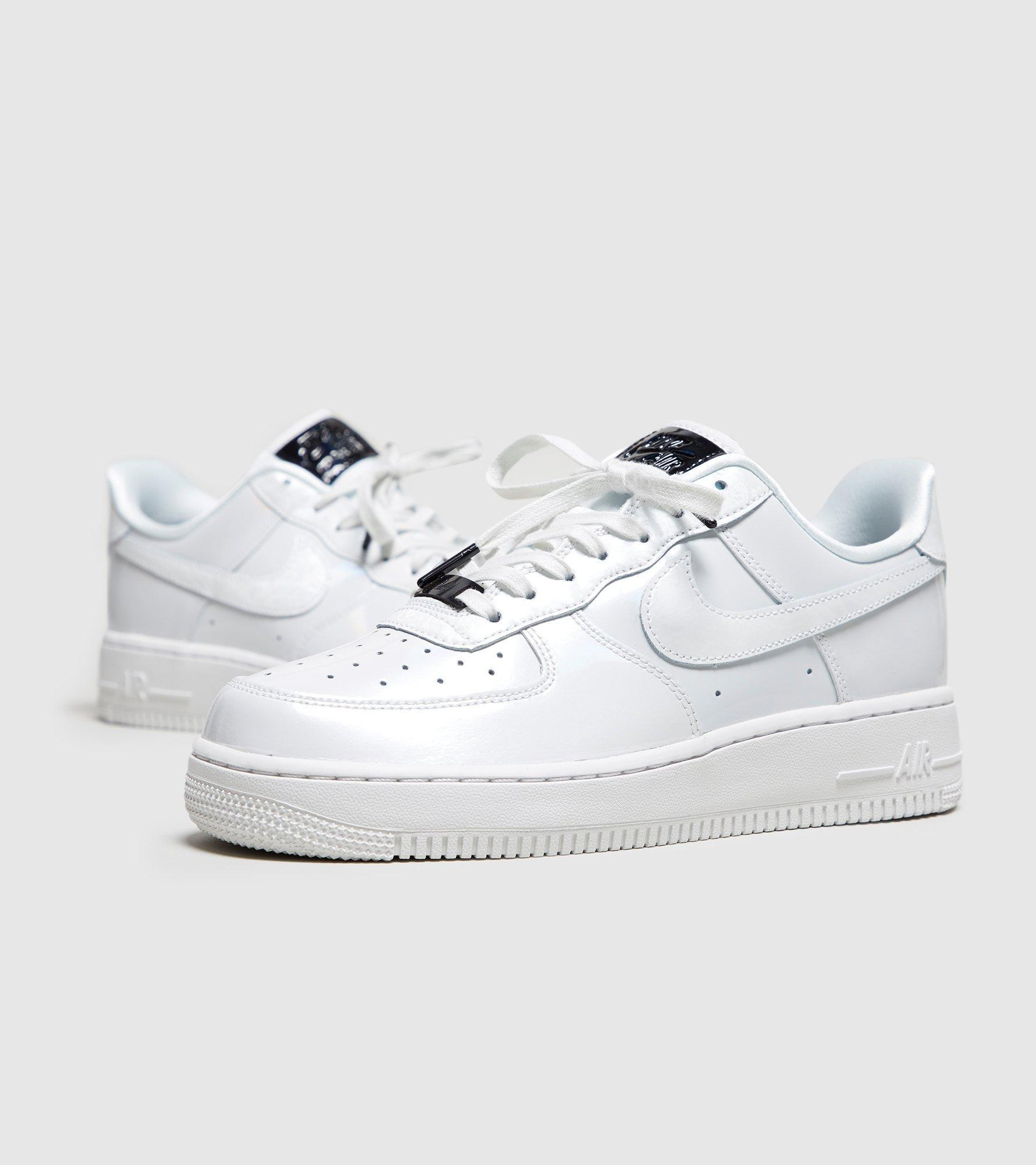 Nike. White Air Force 1 '07 Women's
