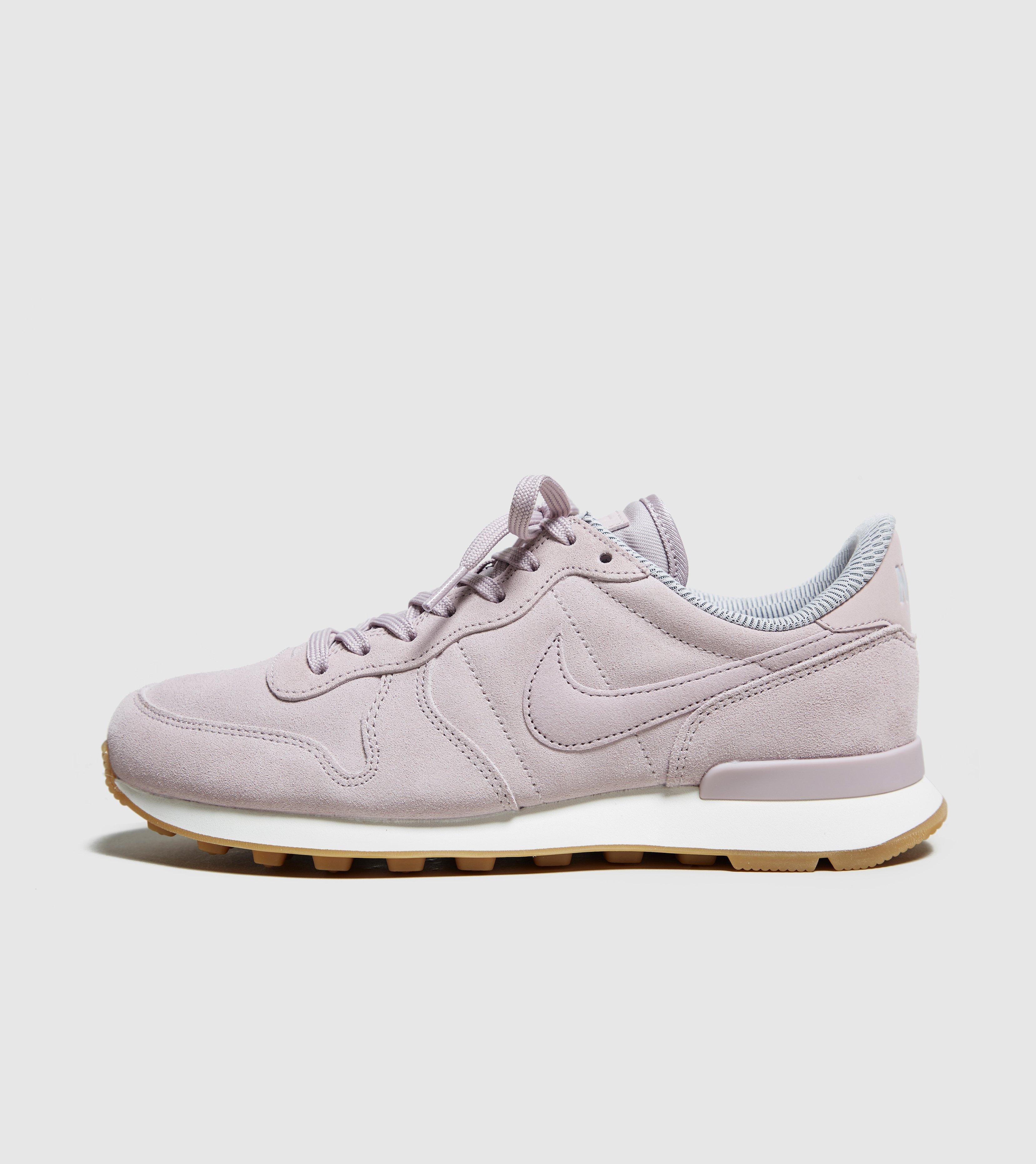 brand new 36da7 a9320 Lyst - Nike Internationalist Se Womens