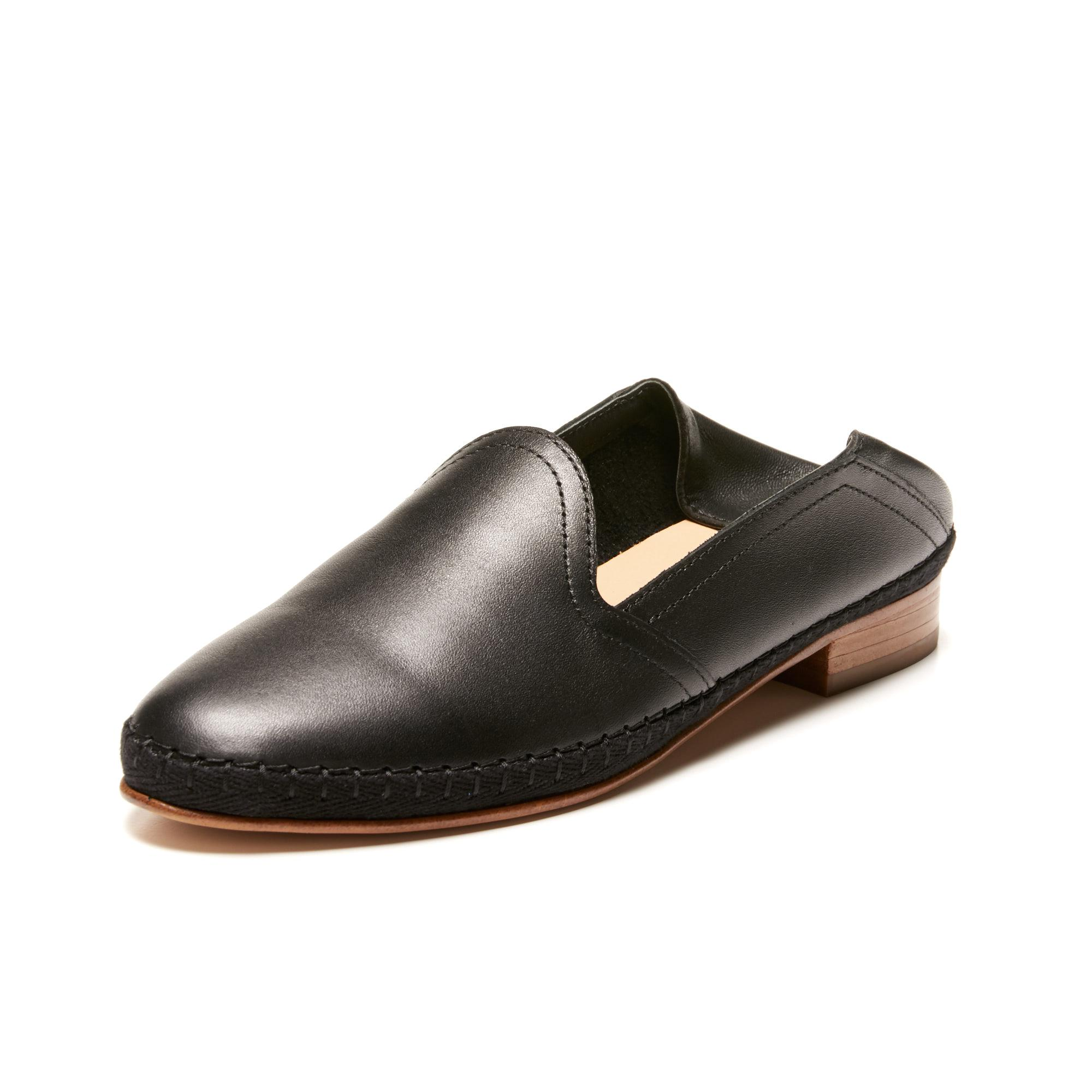 6287052ce5b Lyst - Soludos Venetian Loafer in Black
