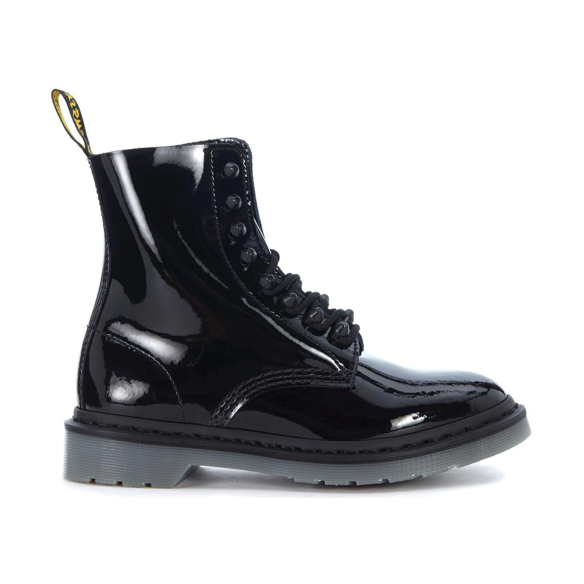 Countdown Package Sale Online Wide Range Of Online Dr. Martens Anfibio patent leather ankle boots with 8 eyelets and stu women's Low Ankle Boots in 02mstpe