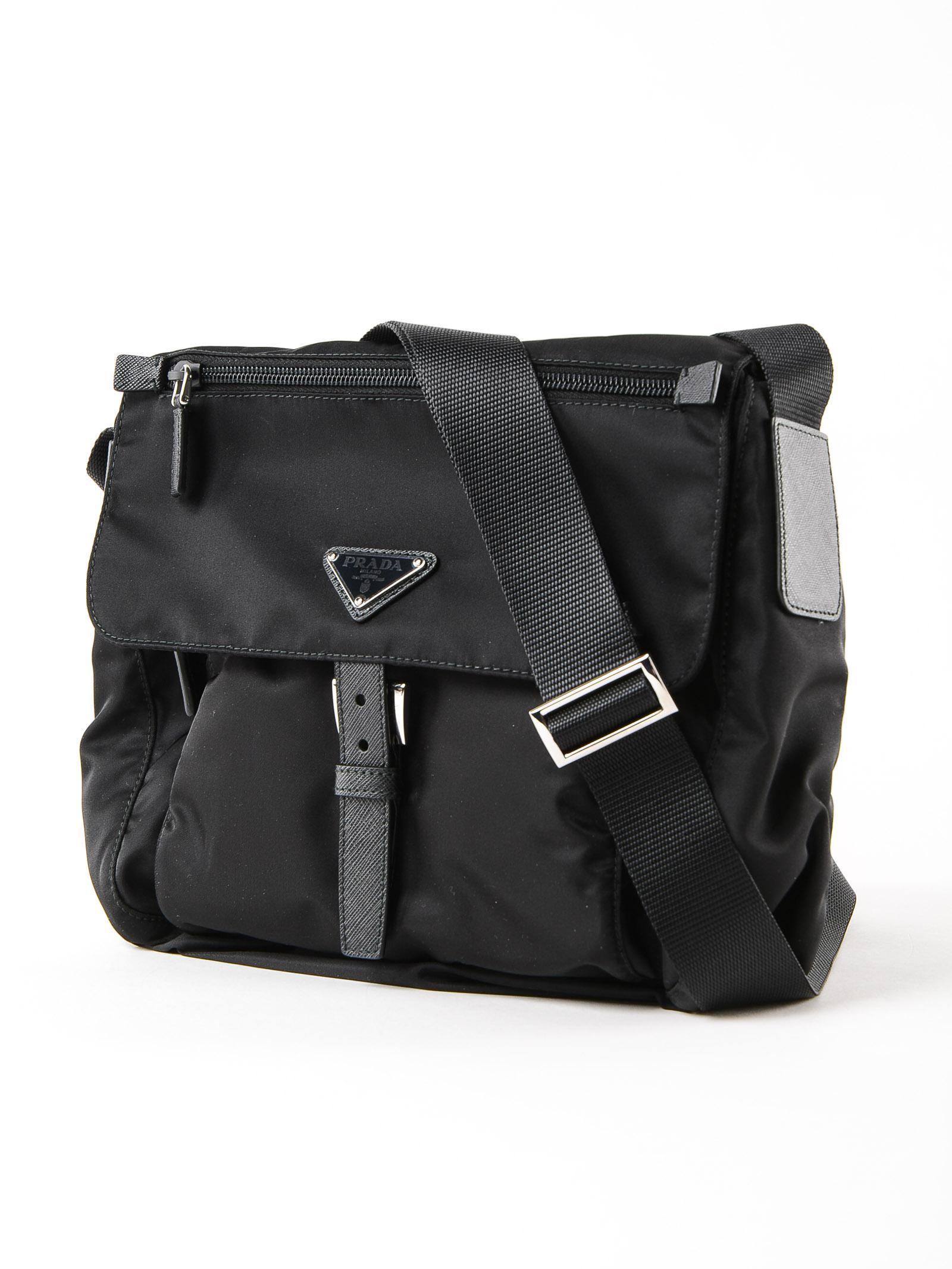 844bfa1fbfc9 Prada Shoulder Bag Vela in Black - Lyst