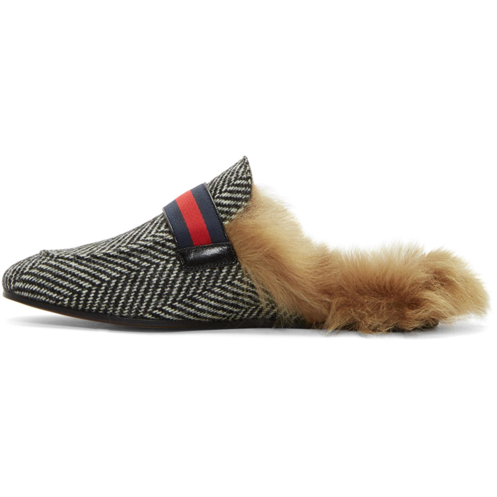 58d7cd40c8e Lyst - Gucci Black And White Herringbone Wool-lined Princetown Slip ...