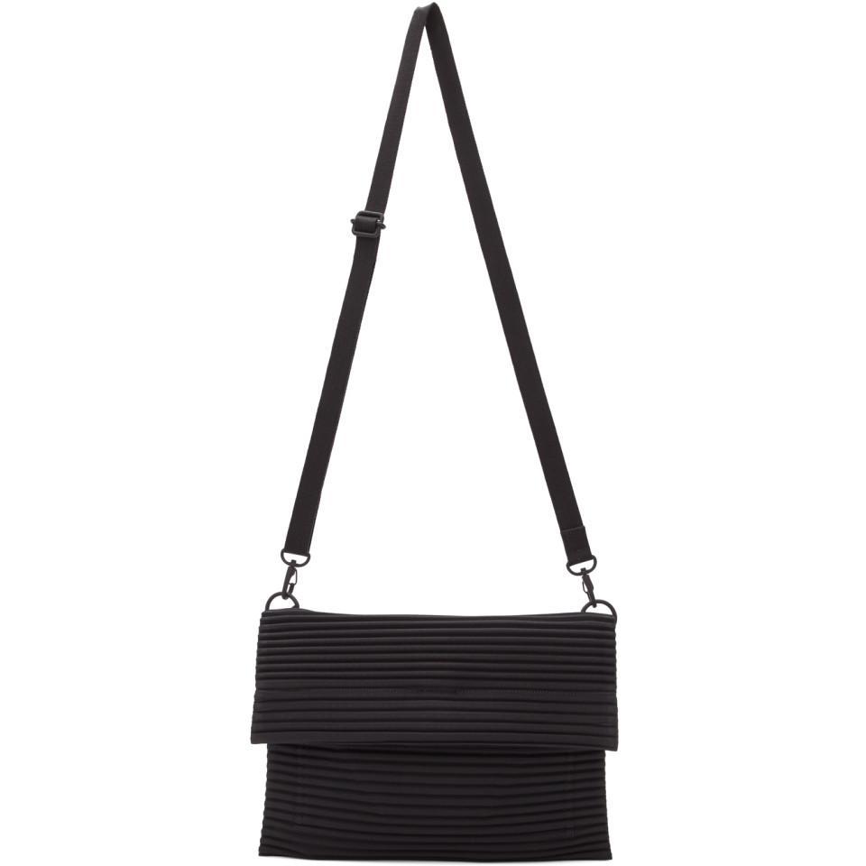 edf91177194b3 Lyst - Homme Plissé Issey Miyake Black Small Pleated Flat Bag in ...