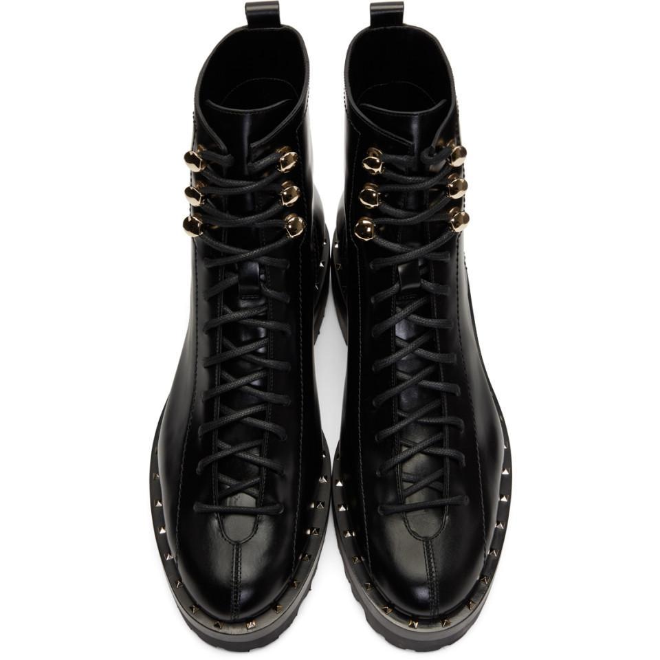 c1355fa47f0 Valentino Black Garavani Soul Rockstud Combat Boots in Black - Lyst