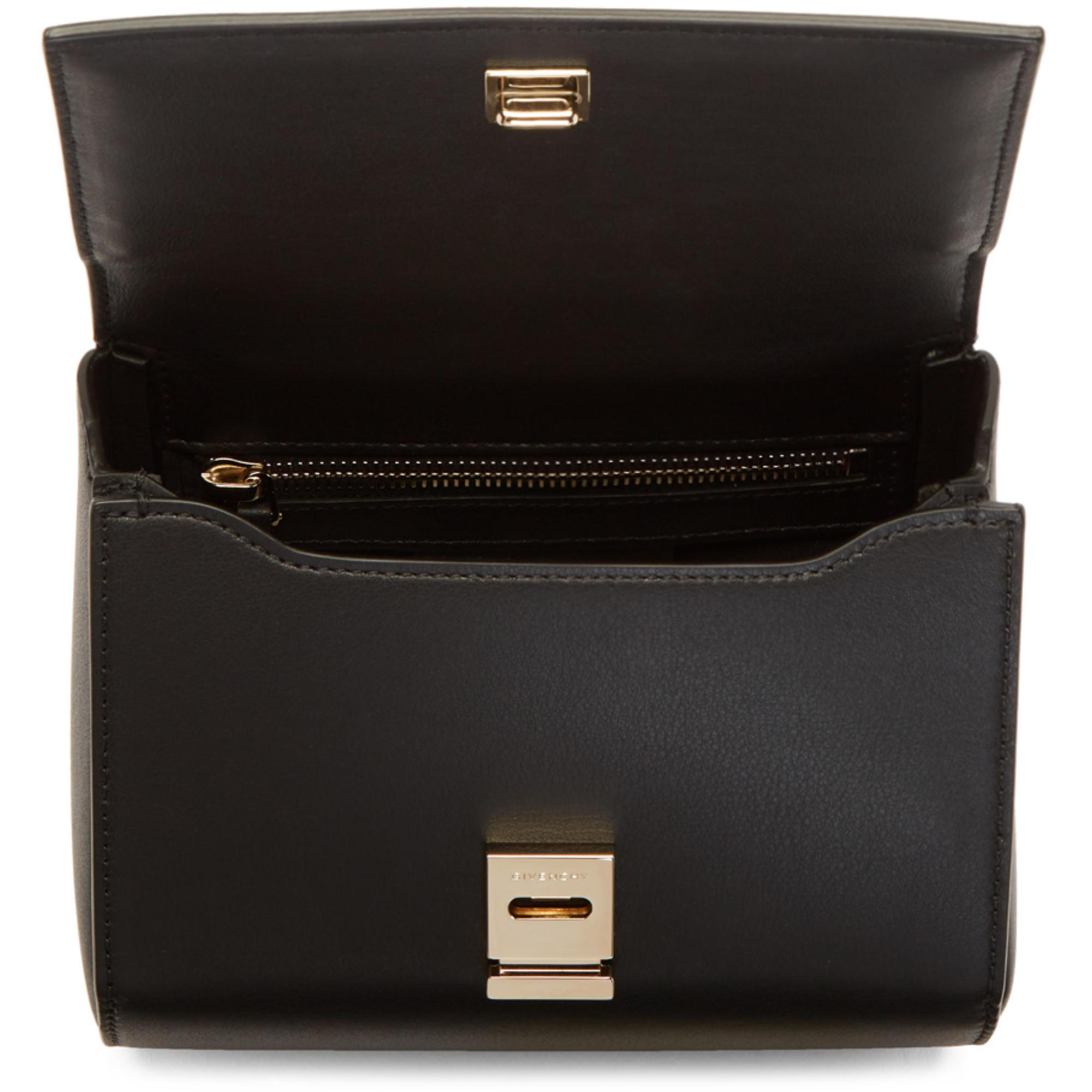431351505bb Lyst - Sac clouté à chaîne noir Mini Pandora Box Givenchy en coloris ...