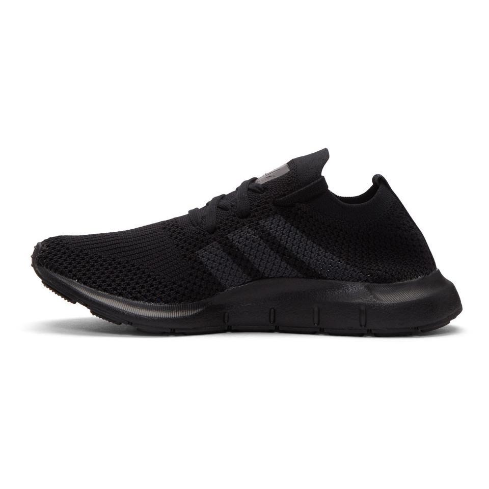 lyst adidas originals schwarze swift laufen pk turnschuhe in schwarz für männer