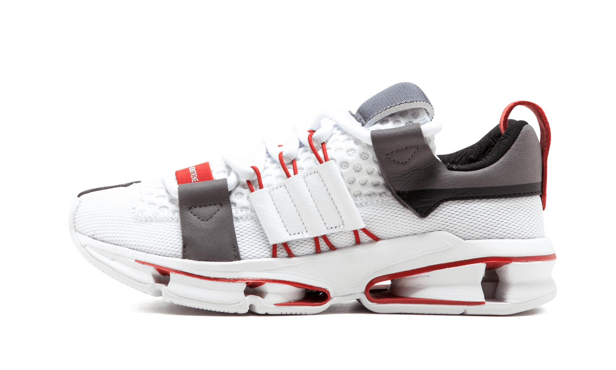 iniki runner adidas by9729 marine / blanc flight club