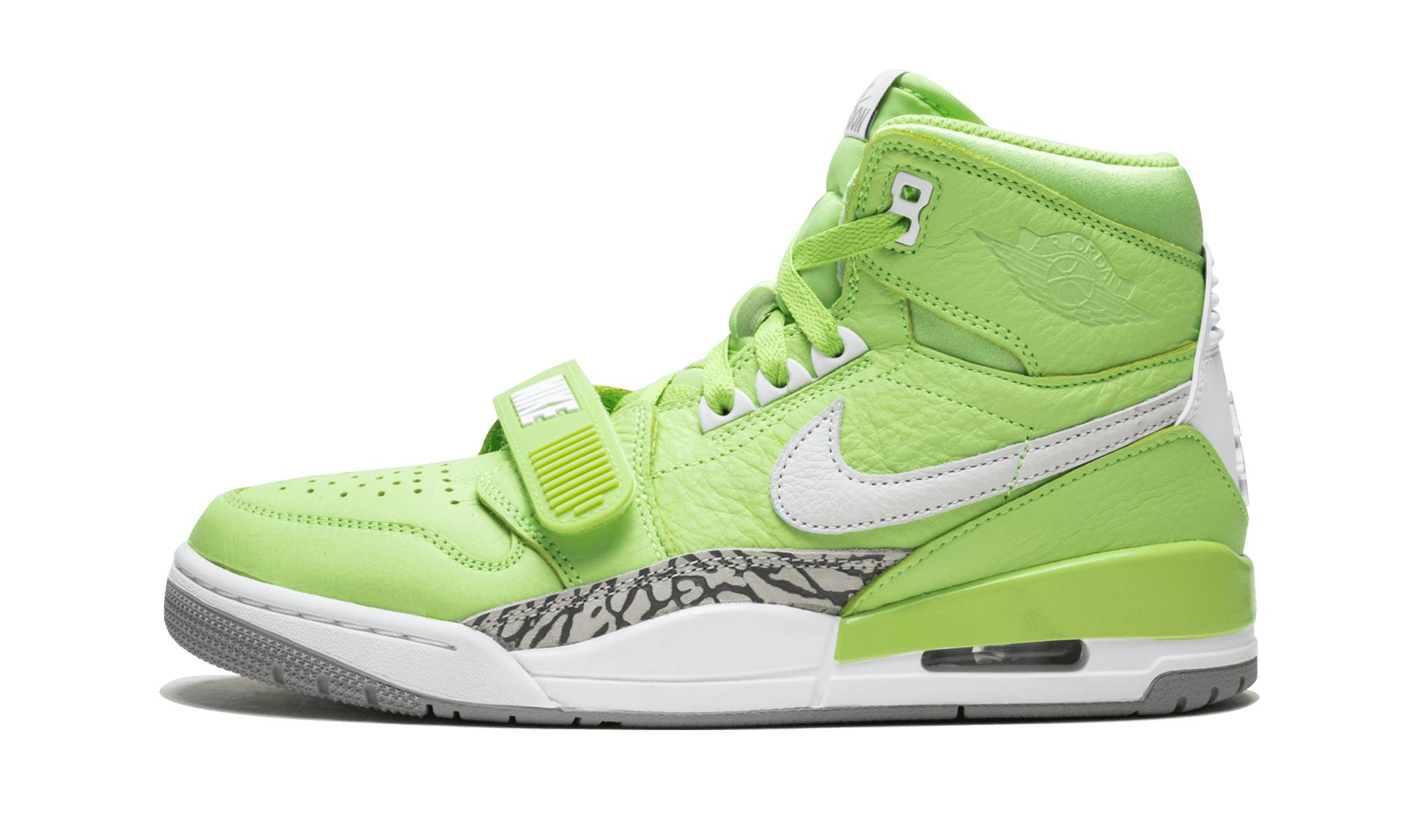 reputable site e00b6 dd9d2 Nike. Men s Green Air Legacy 312 Nrg