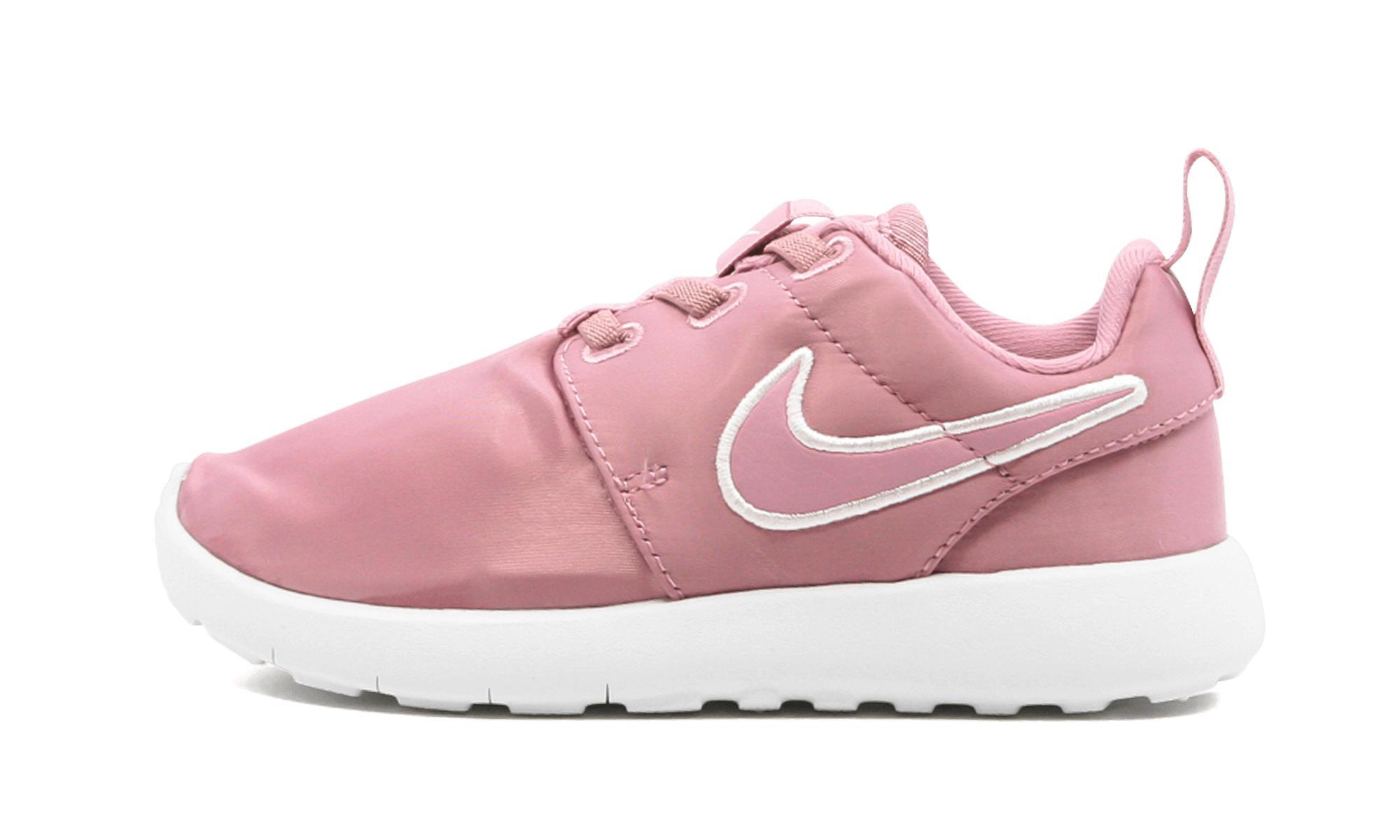 the latest a9875 7361f Nike - Pink Roshe One (tdv) - Lyst. View fullscreen