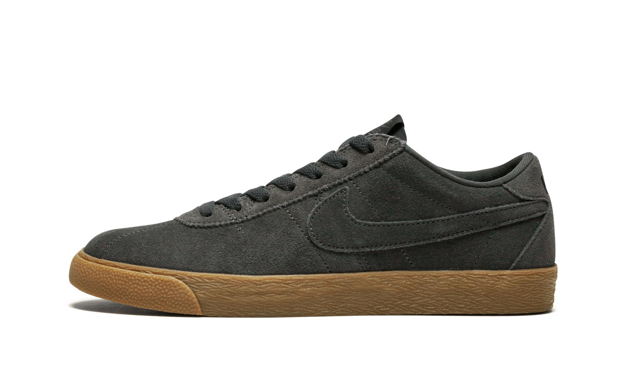 new concept 98463 b0917 Nike. Men s Black Sb Bruin ...