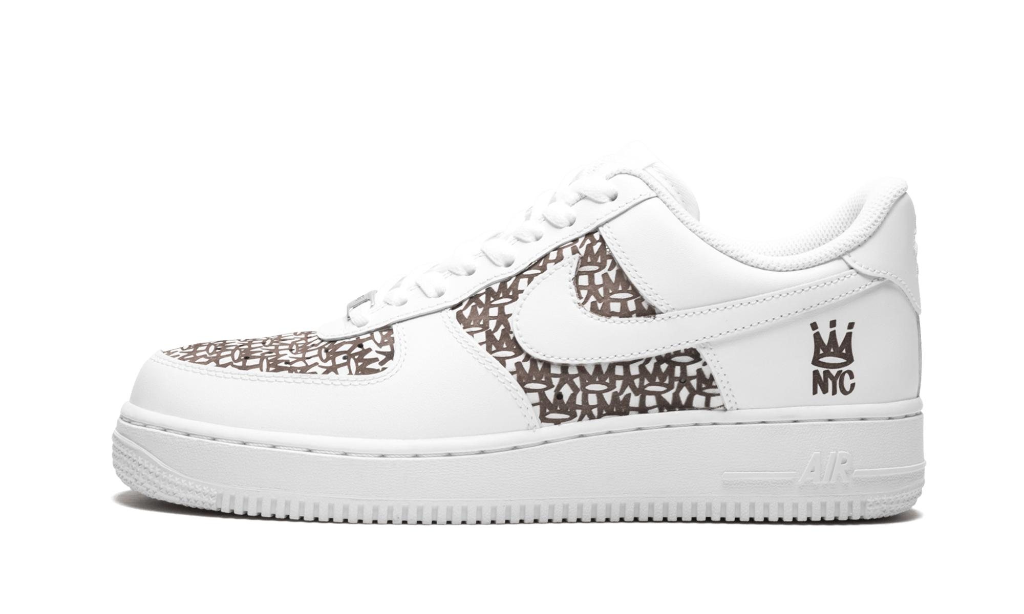 Gallery. Previously sold at  Stadium Goods · Men s Nike Air Jordan Retro ... 24e39572b