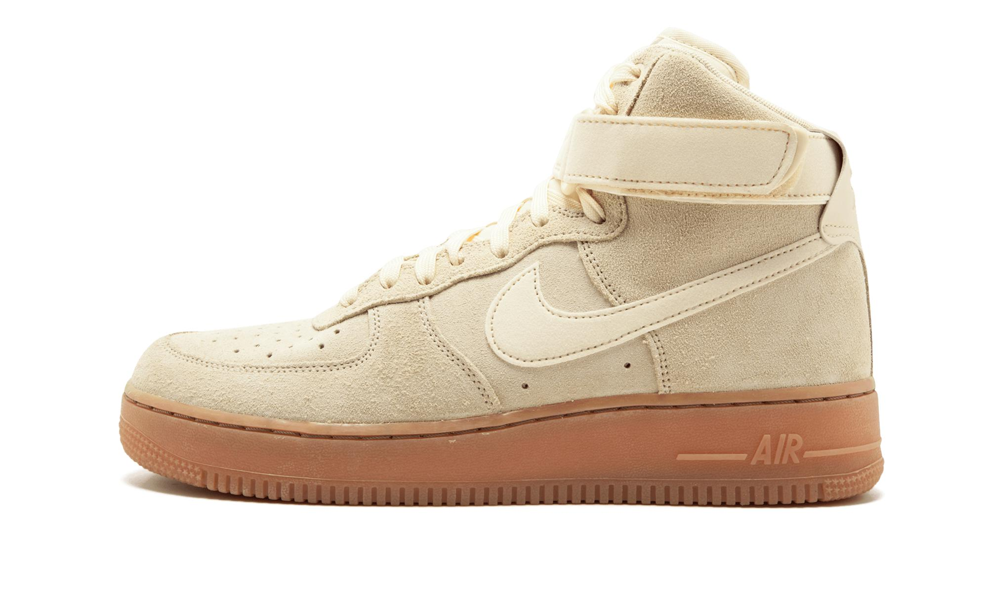 the best attitude 2534d 5a1fd Lyst - Nike  s Air Force 1 High  07 Lv8 Suede Gymnastics Shoes ...
