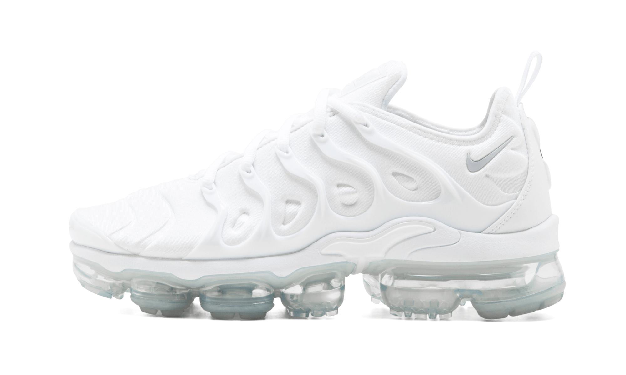 b2ddf4a1b36 Nike Air Vapormax Plus in White for Men - Save 51% - Lyst