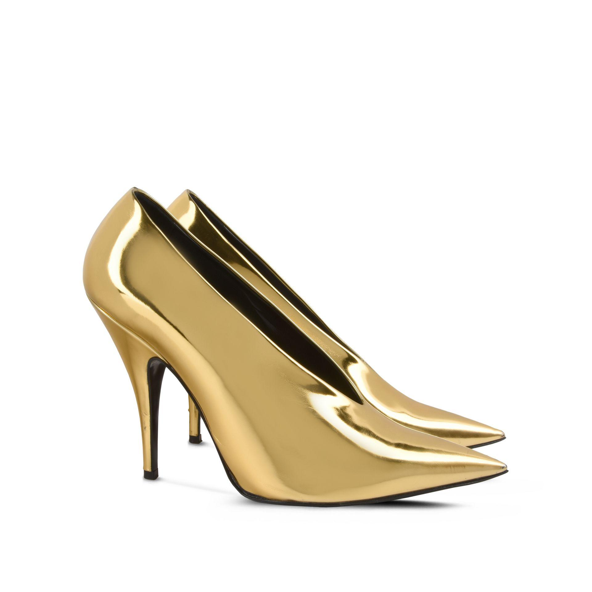 Stella mccartney Gold Pointed Pumps in Metallic | Lyst