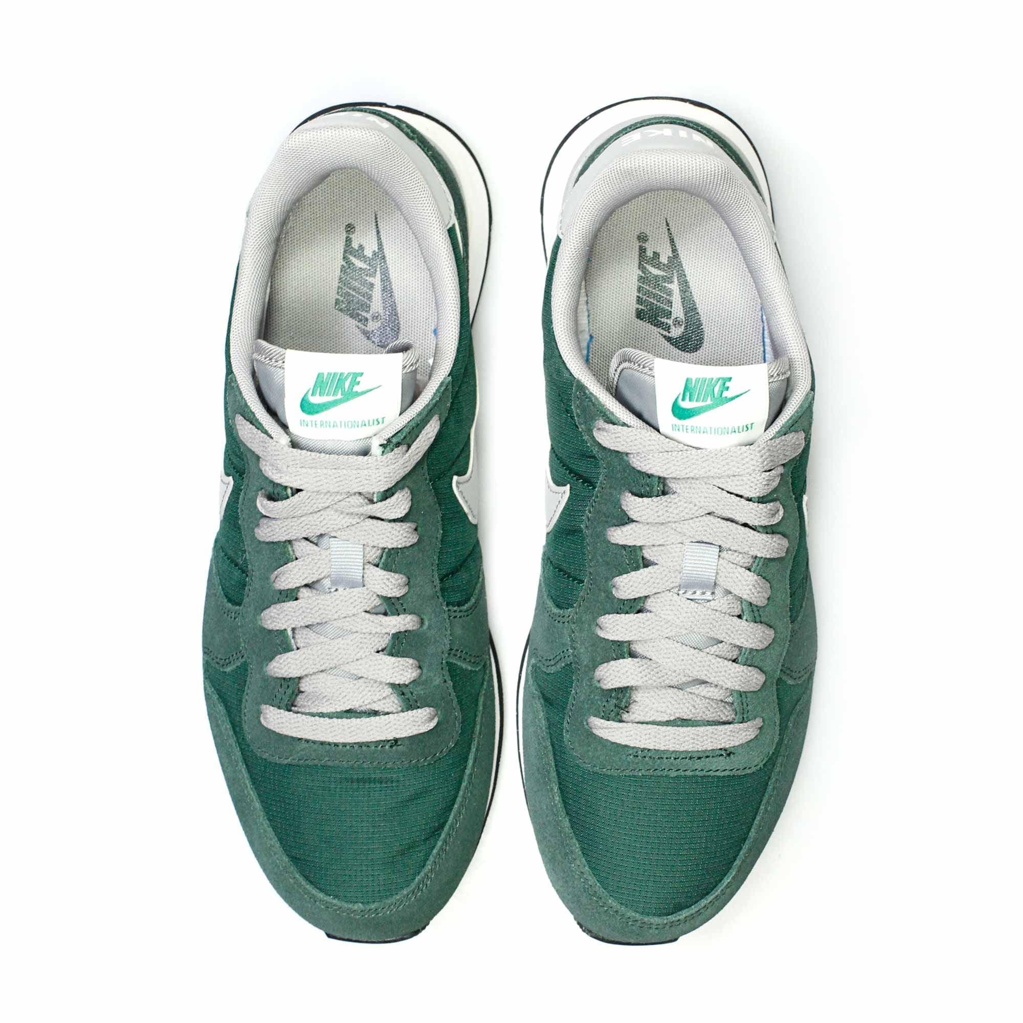 4c89ecaae2a4 Lyst - Nike Internationalist Gorge Green Shoe 828041 in Green for Men