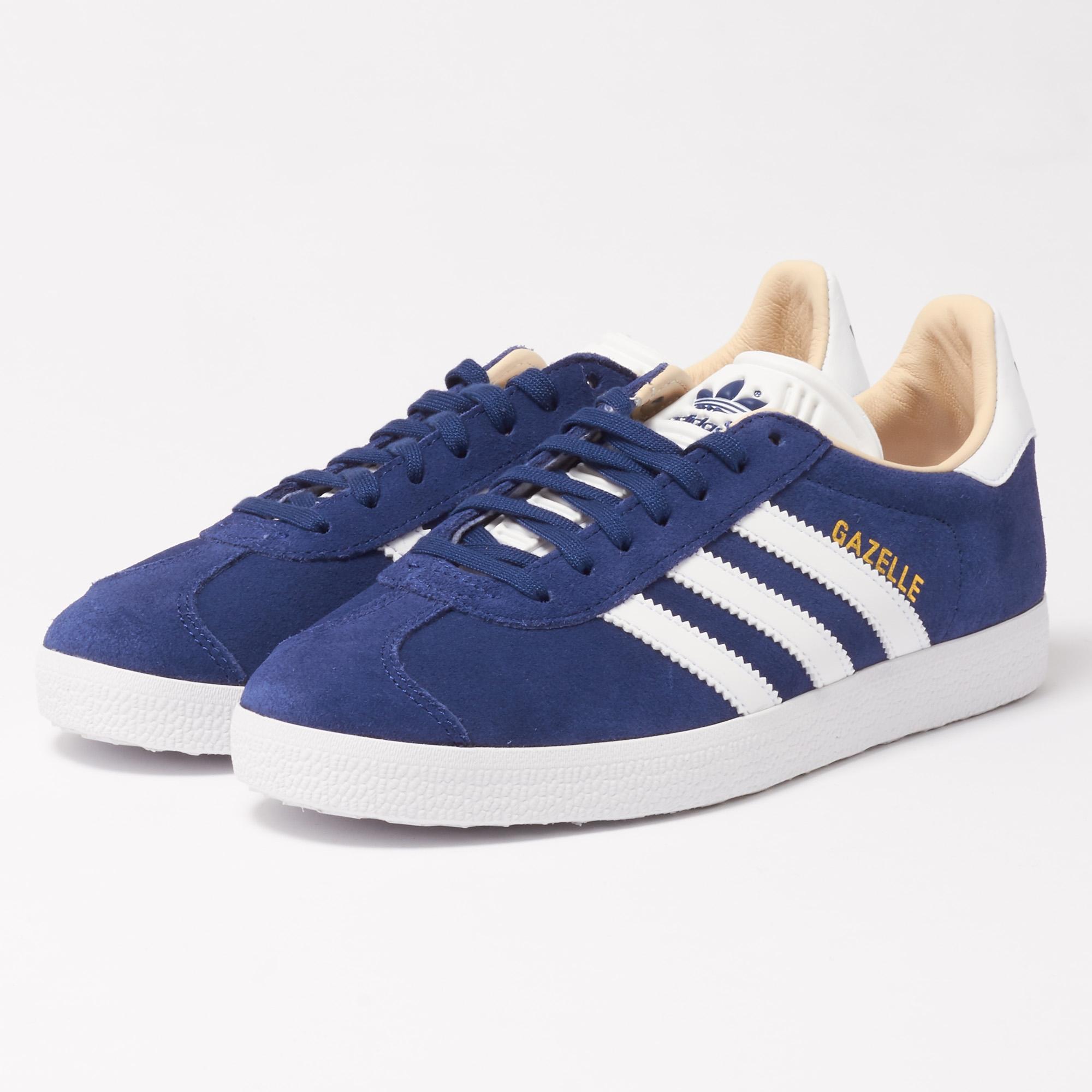 adidas Originals GAZELLE - Trainers - noble indigo/footwear white qutcBDCnPB