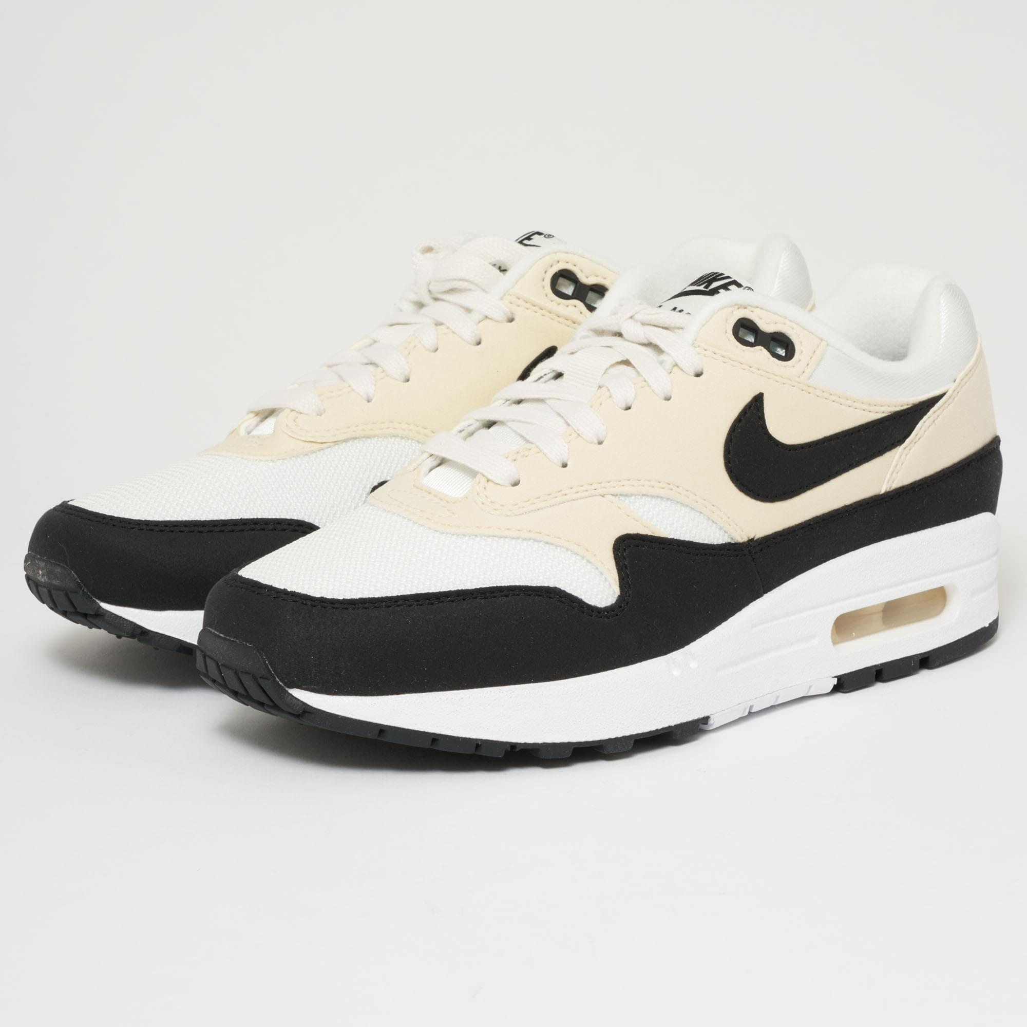 5ab2796dbc Gallery. Previously sold at: Stuarts London · Women's Nike Air Max Women's Nike  Air Max 1