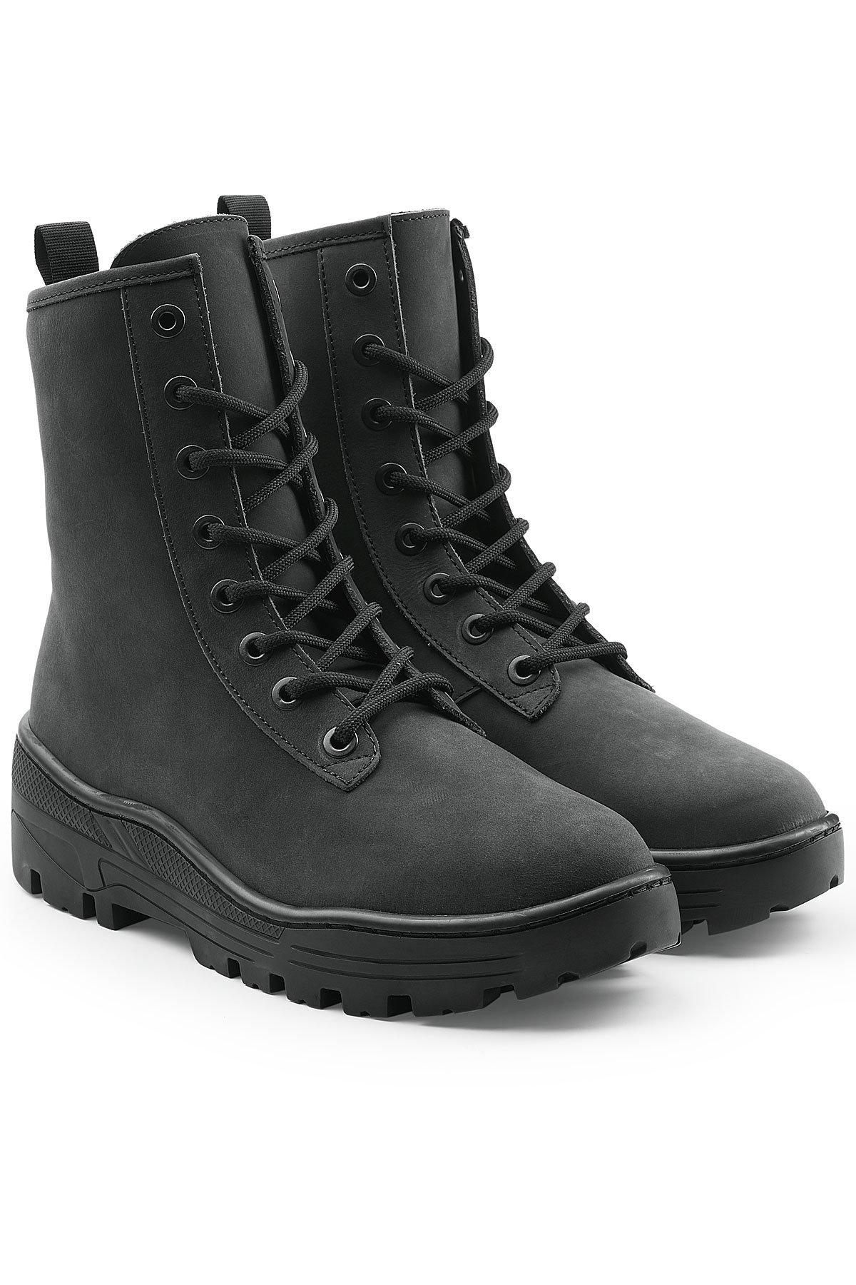 c59752ea91d1f Yeezy Nubuck Military Boots in Black for Men - Lyst