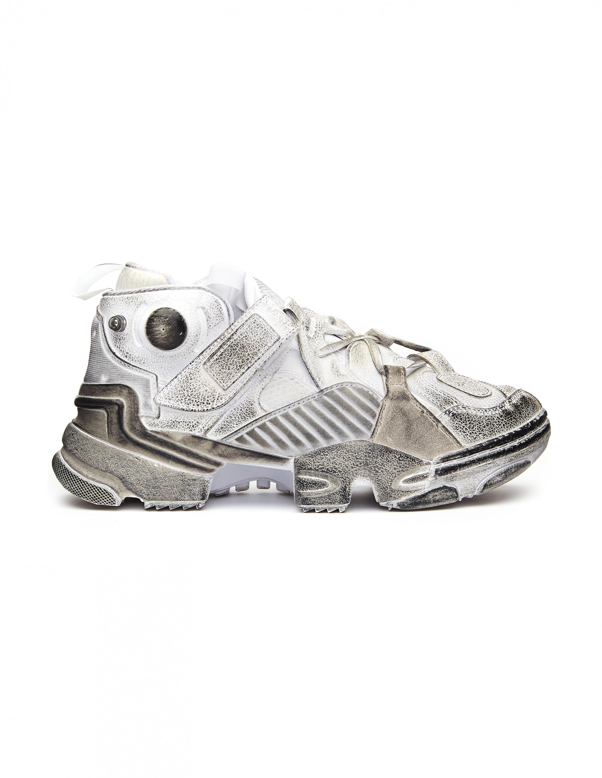96cd6e5ed1b1 Lyst - Vetements Reebok Genetically Modified Pump Sneakers in White