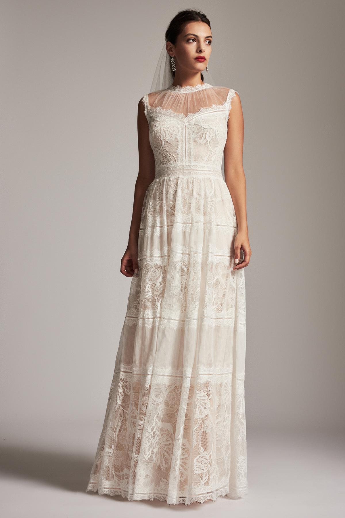 Lyst - Tadashi Shoji Floretta Gown in White