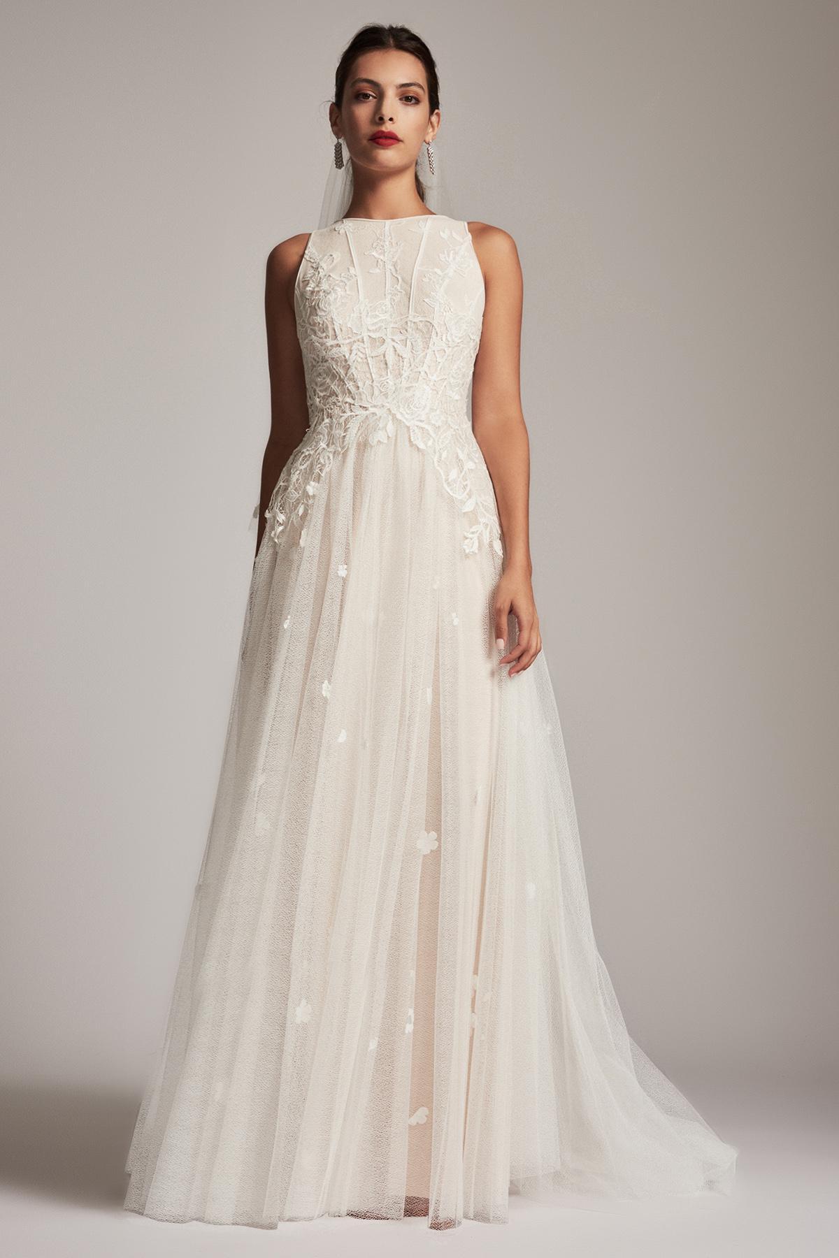 Lyst - Tadashi Shoji Delphia Ball Gown in White 283b953a0
