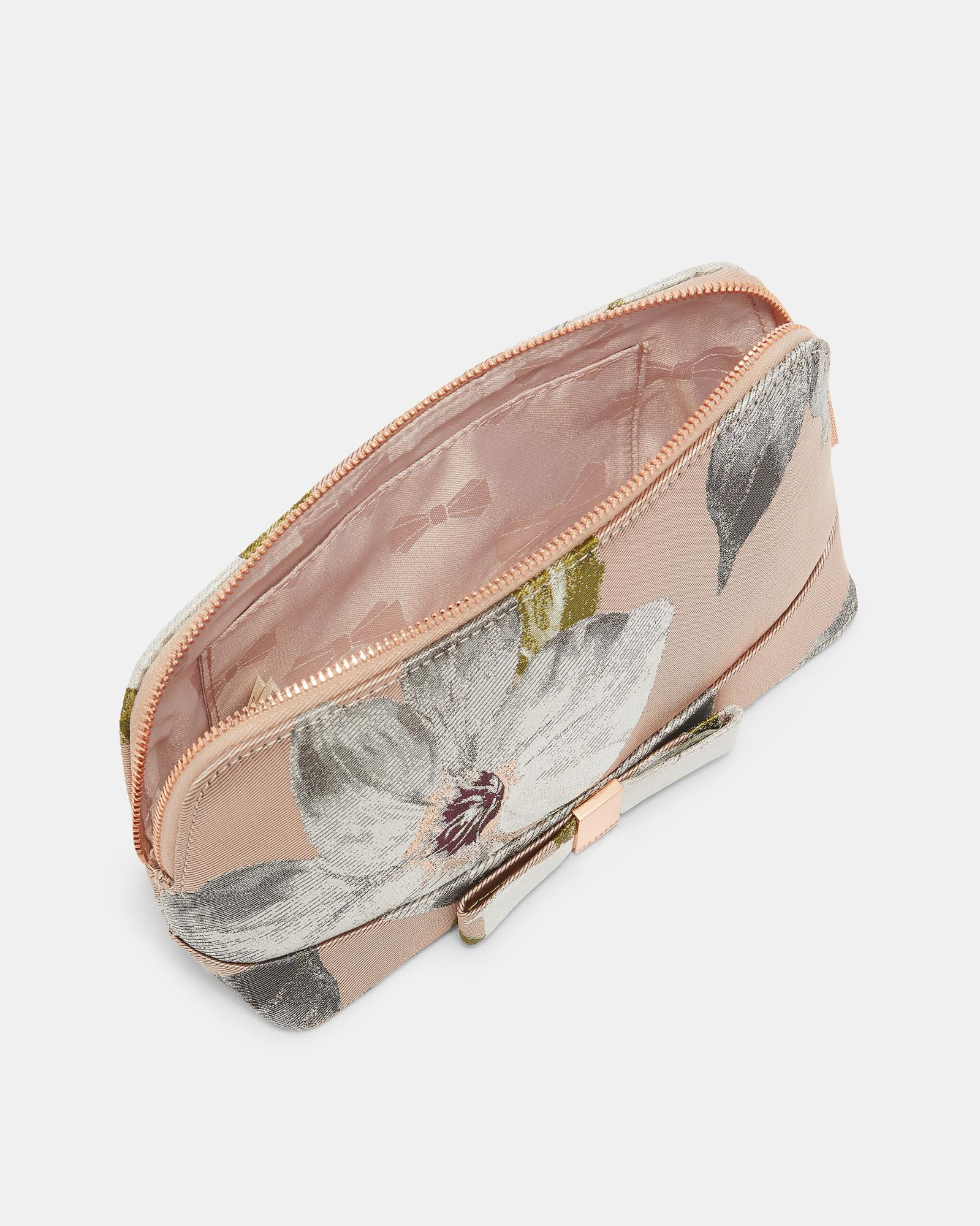 3acbc396f Ted Baker Chatsworth Bloom Jacquard Make Up Bag in Pink - Lyst