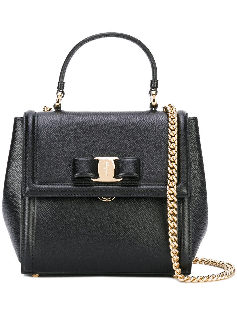 a6bb7e52d0 Lyst - Ferragamo Carrie Leather Shoulder Bag in Black - Save ...
