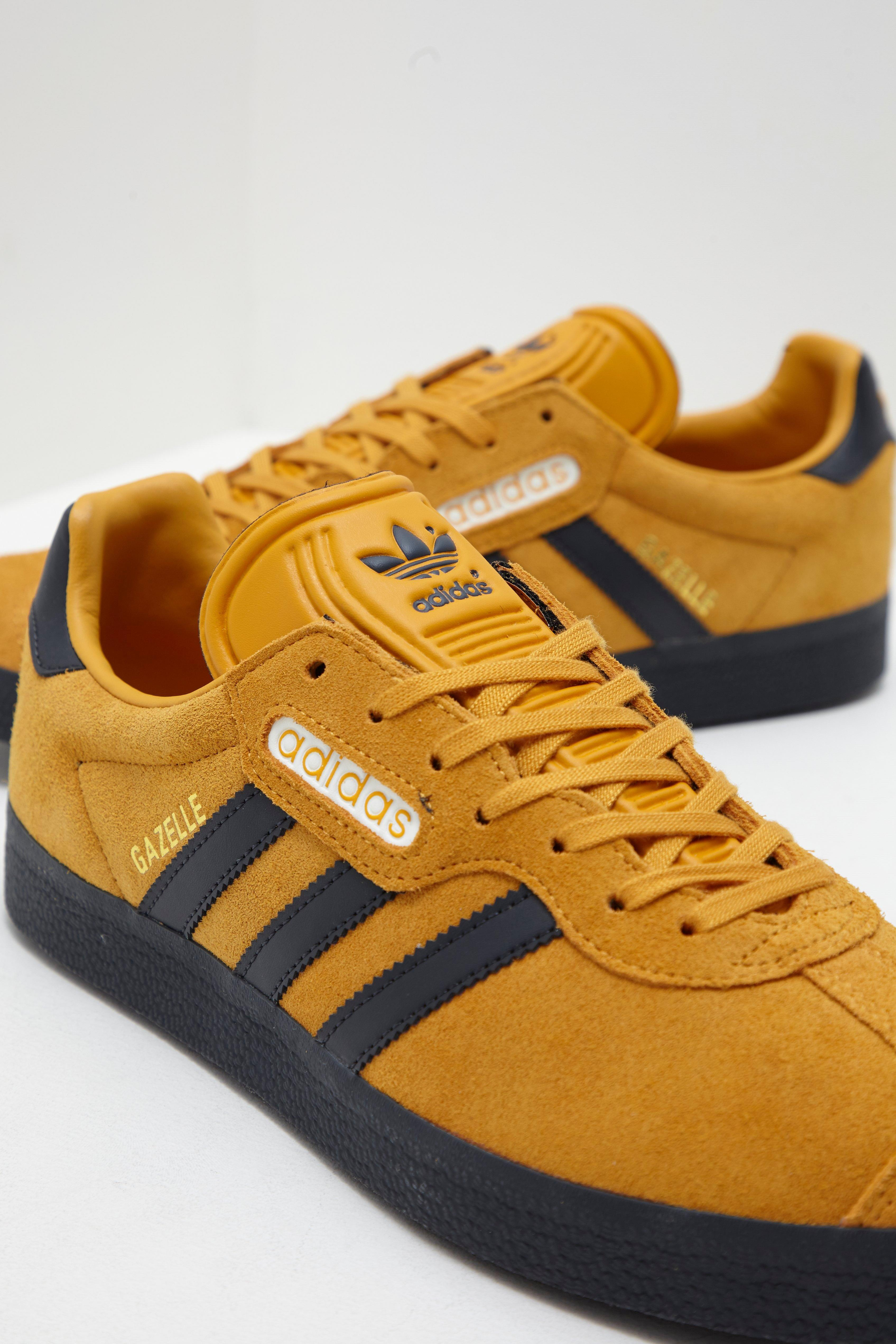the best attitude bdc5f e4be3 adidas Originals Mens Gazelle Super Yellow black in Yellow for Men ...