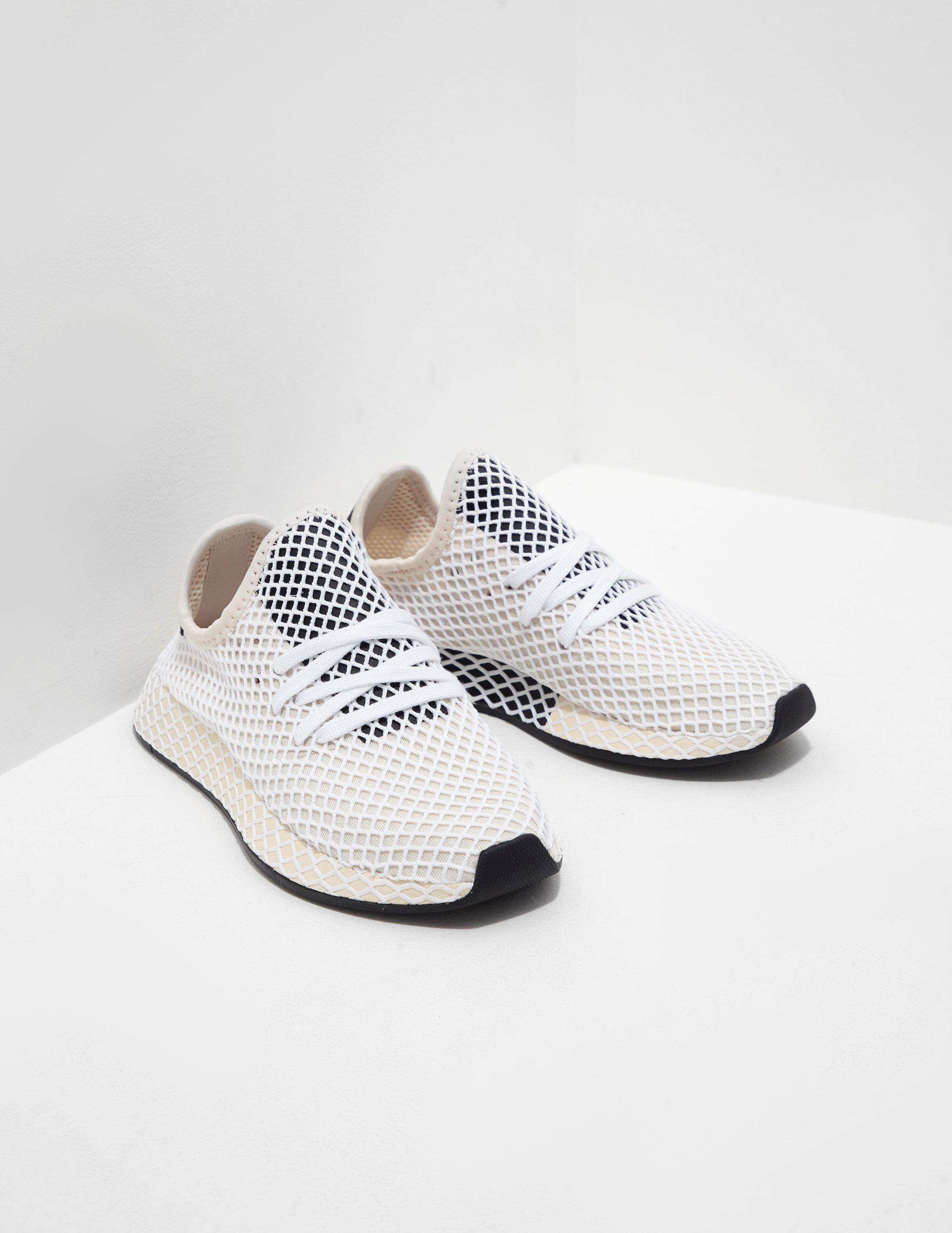 da640fb98f866 adidas Originals Womens Deerupt Women s Cream - Lyst