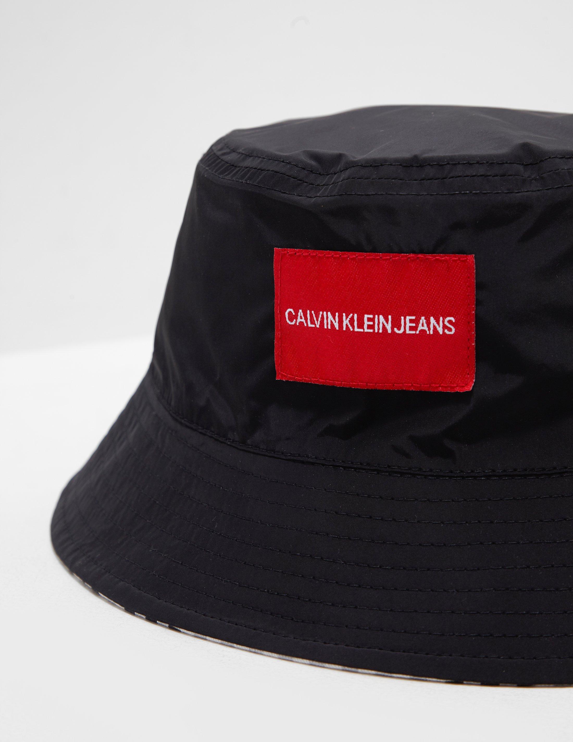 Lyst - Calvin Klein Womens Reversible Bucket Hat - Online Exclusive ... dec2b49d852