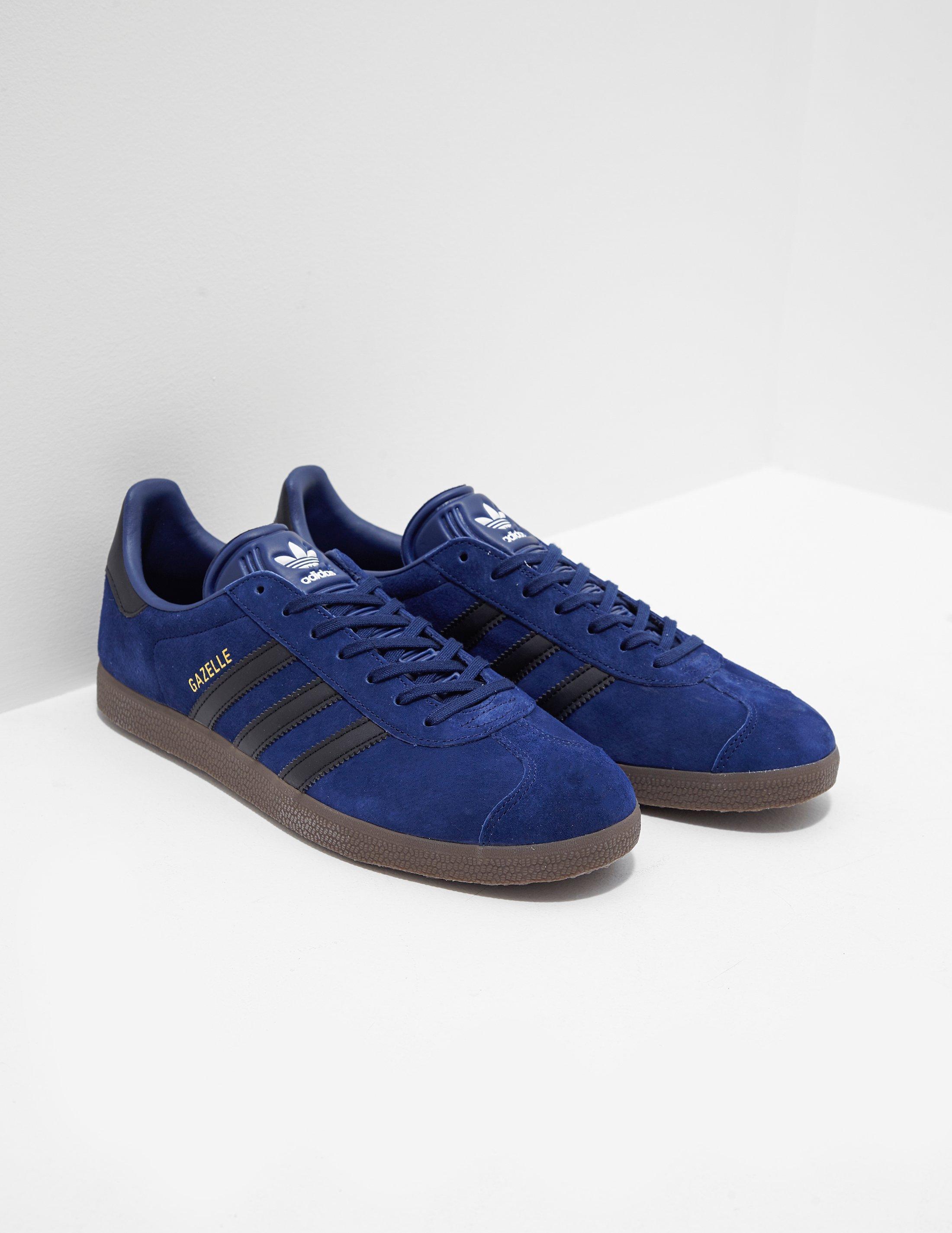 timeless design ffaa0 2f464 adidas Originals. Mens Gazelle Blue
