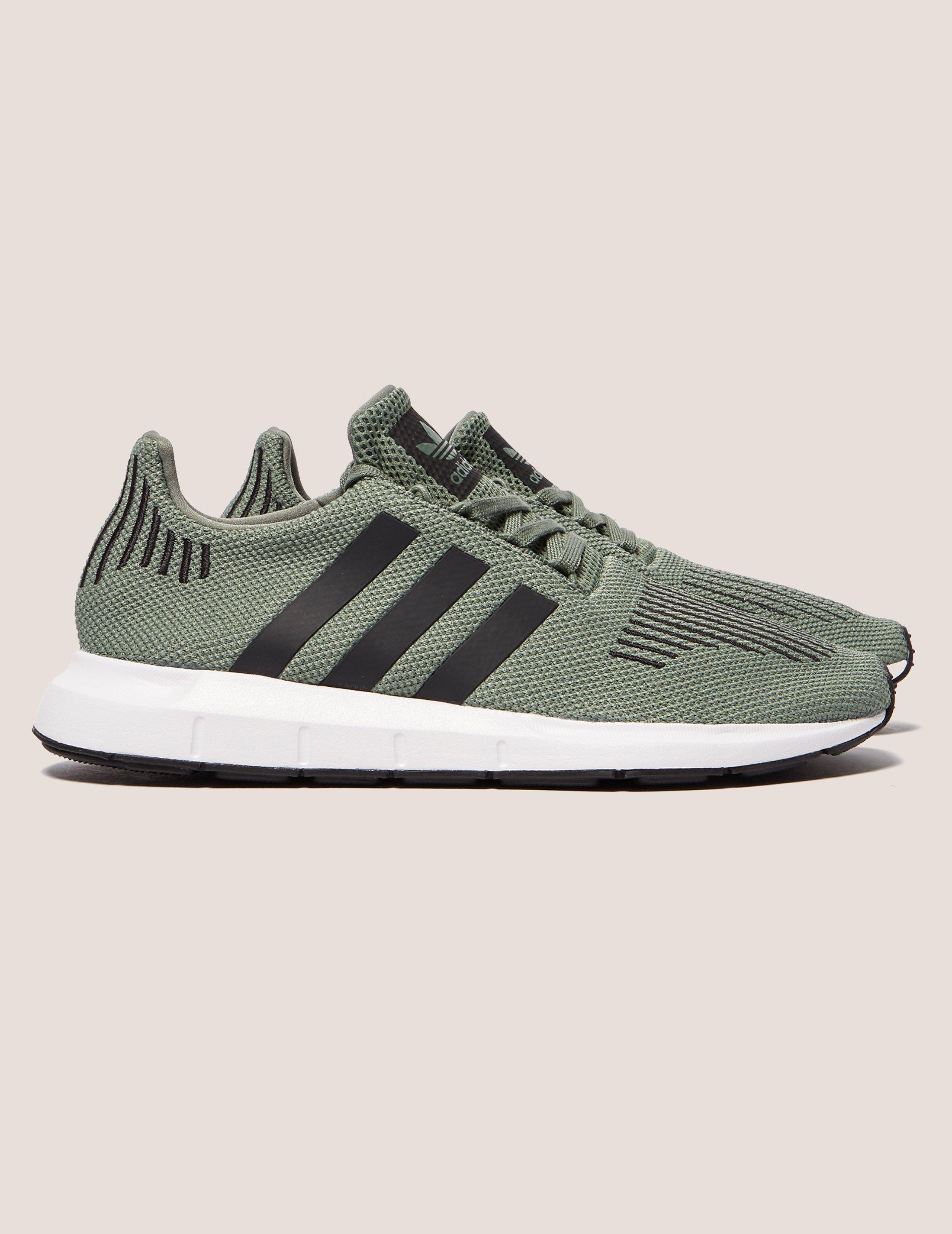 lyst adidas originali mens swift run grey in grigio per gli uomini.