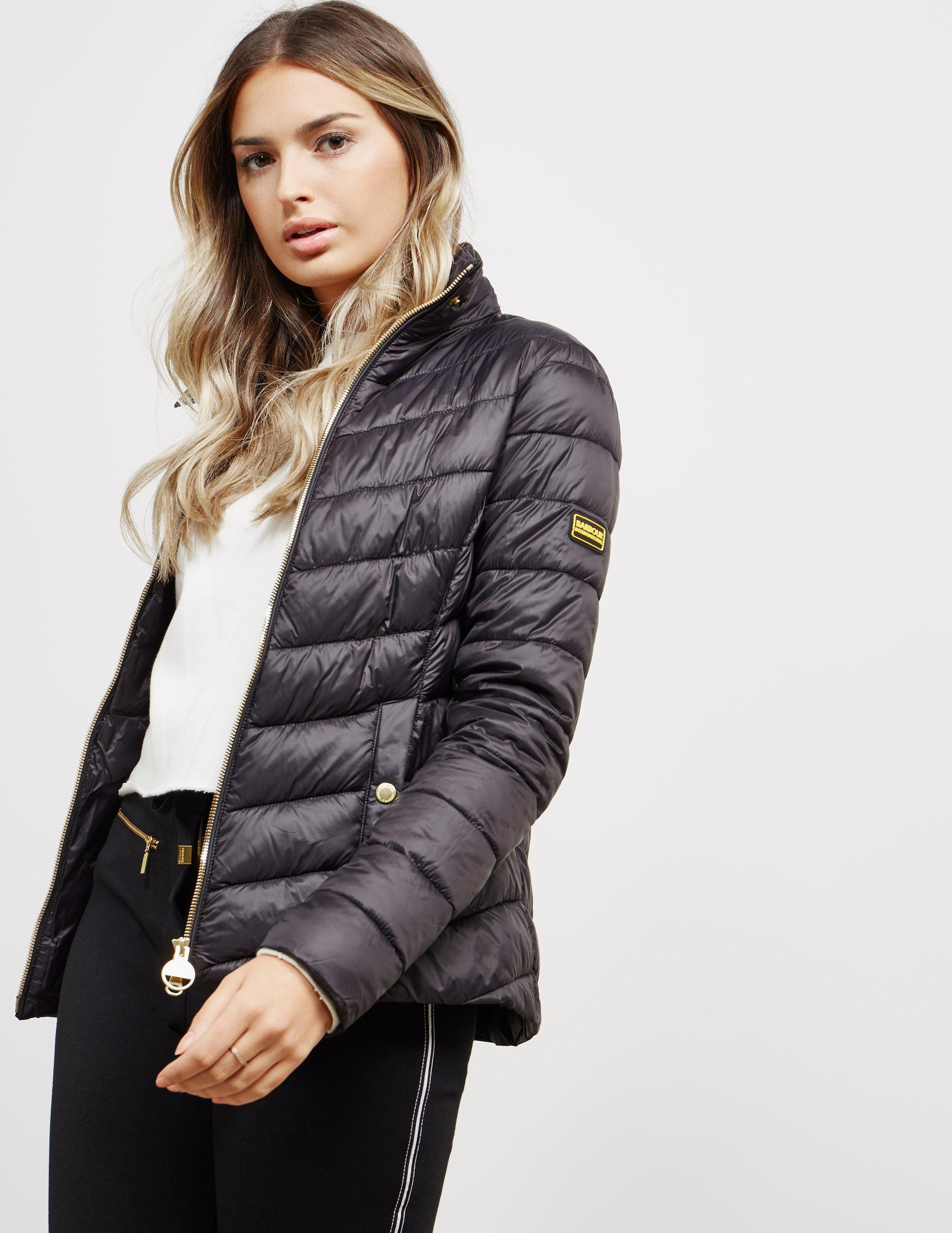 6651e0598 Barbour Aubern Quilted Jacket Black in Black - Lyst