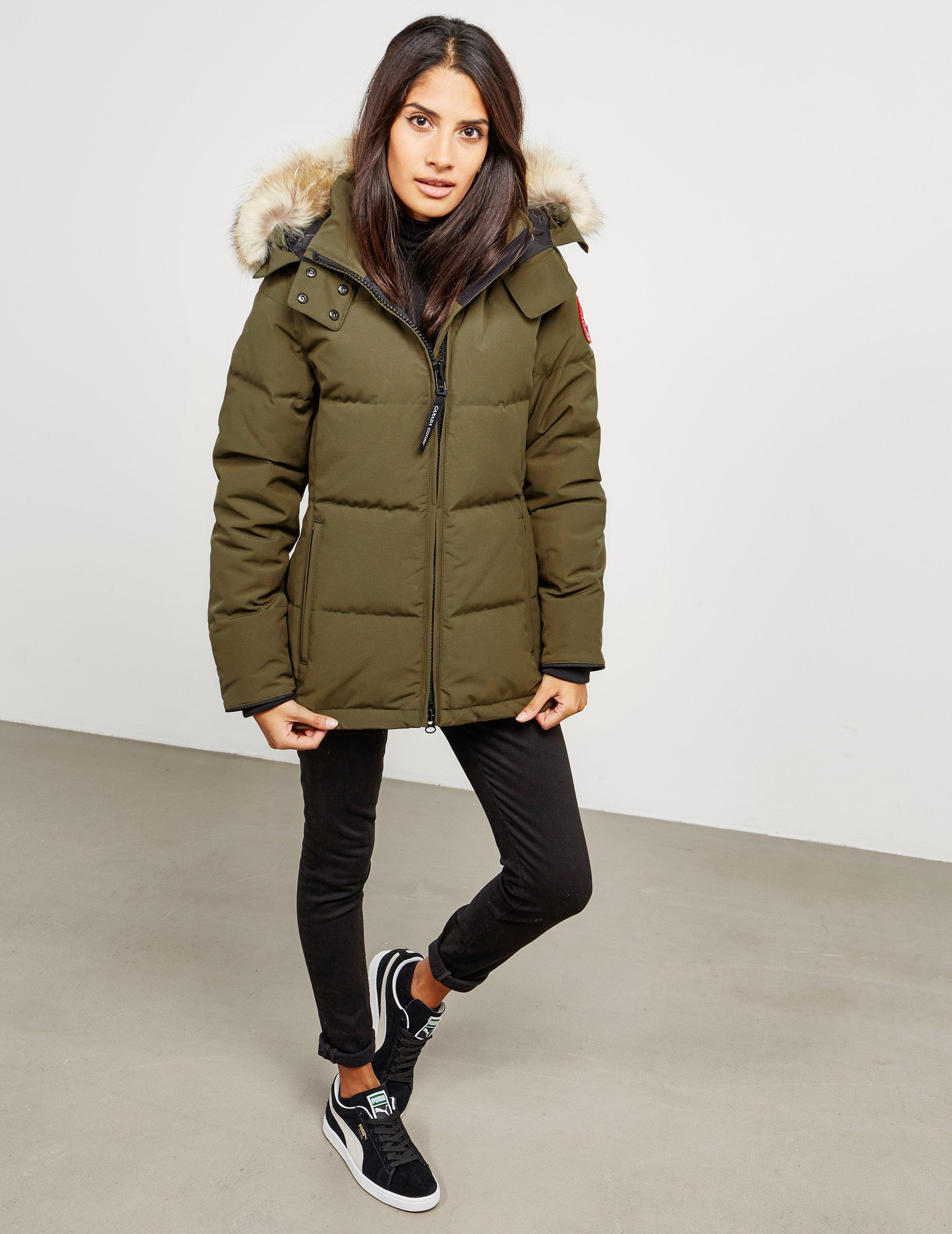 cda1f8025373 Canada Goose Chelsea Padded Parka Jacket Green in Green - Lyst