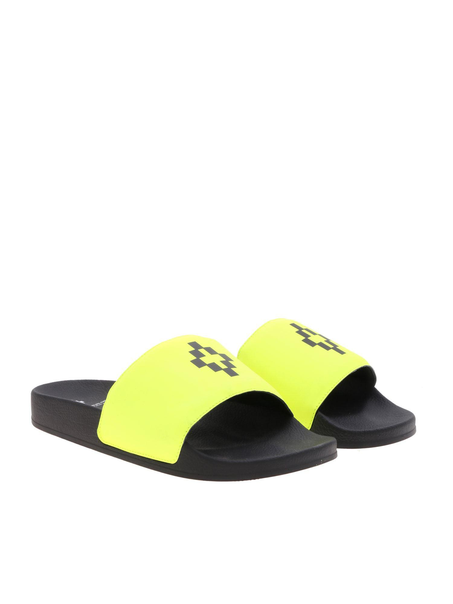 bc2a3521d Lyst - Marcelo Burlon Cross Slides In Black And Neon Yellow in Black for Men