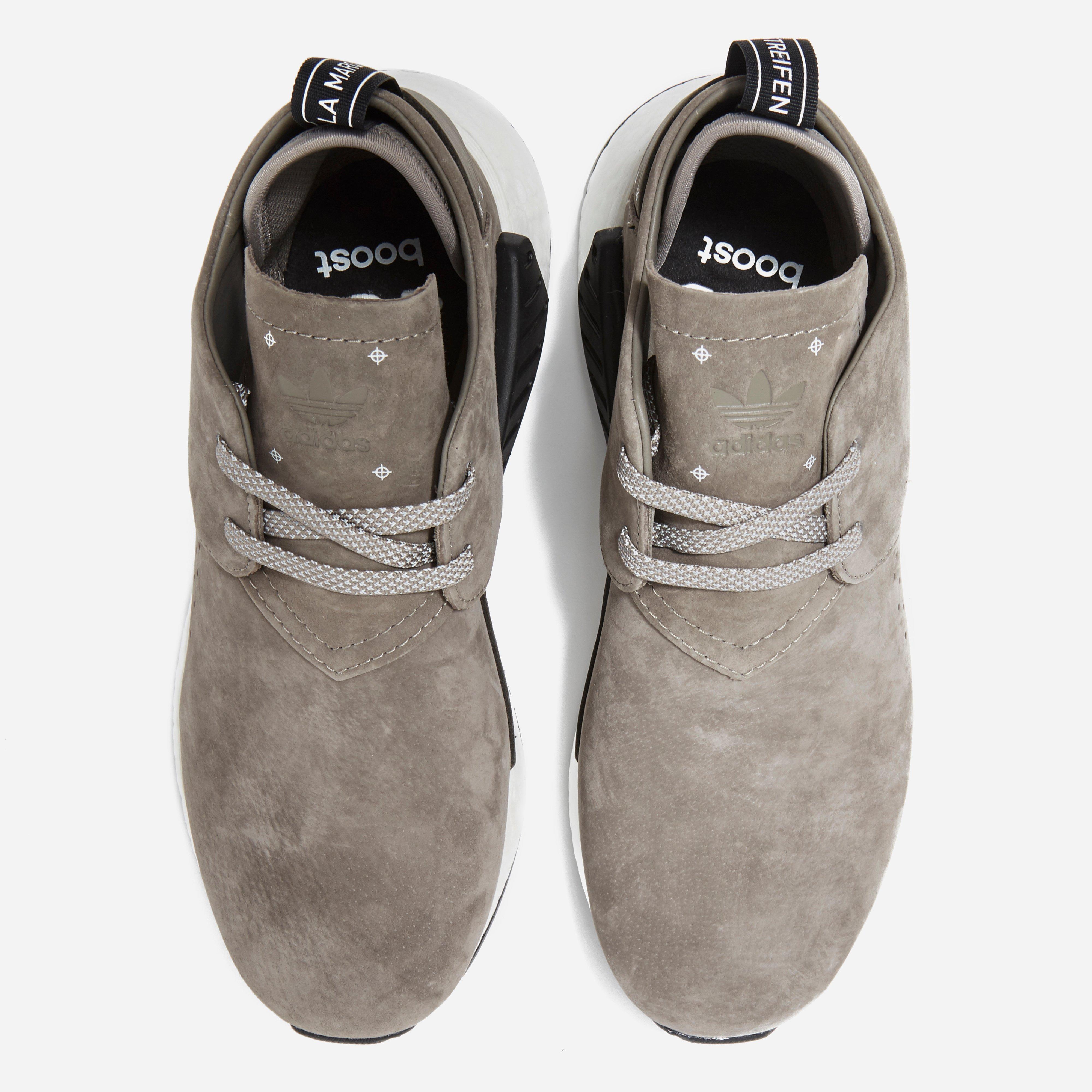 lyst adidas originali nmd c2 in grigio per gli uomini.