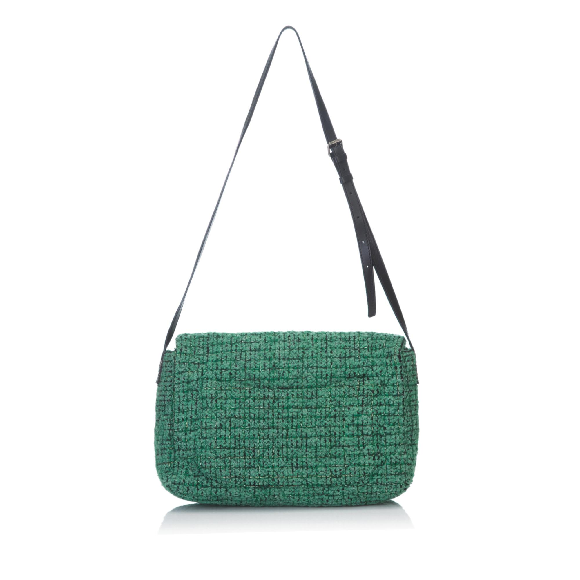 db374af0a4d2 Chanel Quilted Wool Reissue 2.55 Classic Flap Bag in Green - Lyst