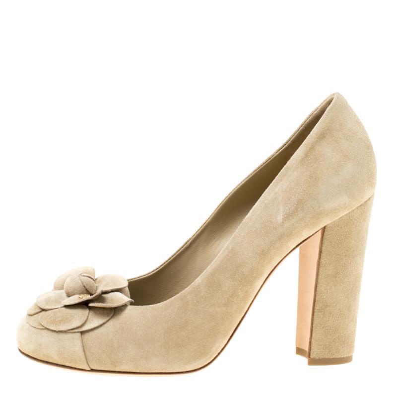 10e360ea629d Lyst - Chanel Light Khaki Leather Camellia Block Heel Pumps in Green
