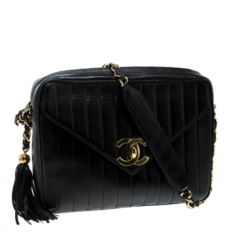 c0cb051ec915 Chanel Vertical Quilted Leather Vintage Camera Bag in Black - Lyst