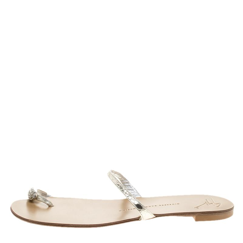 99f1a3fbe0a7 ... Silver Crystal Embellished Toe Ring Flat Sandals Size 39 - Lyst. View  fullscreen