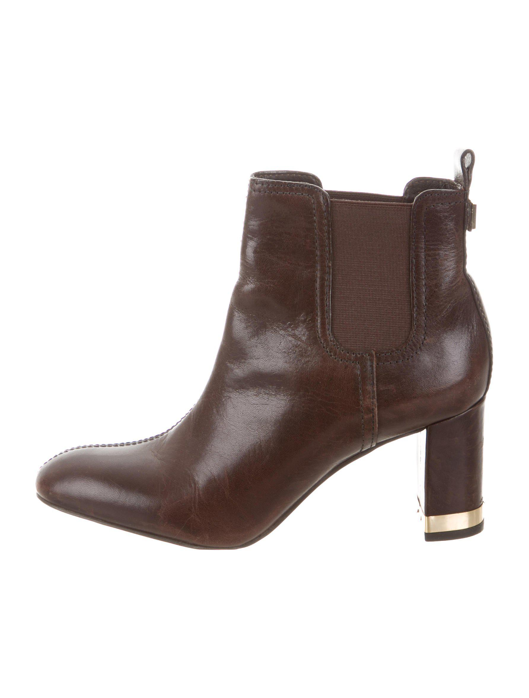d034c60a4a09f Lyst - Tory Burch Leather Ankle Boots in Black